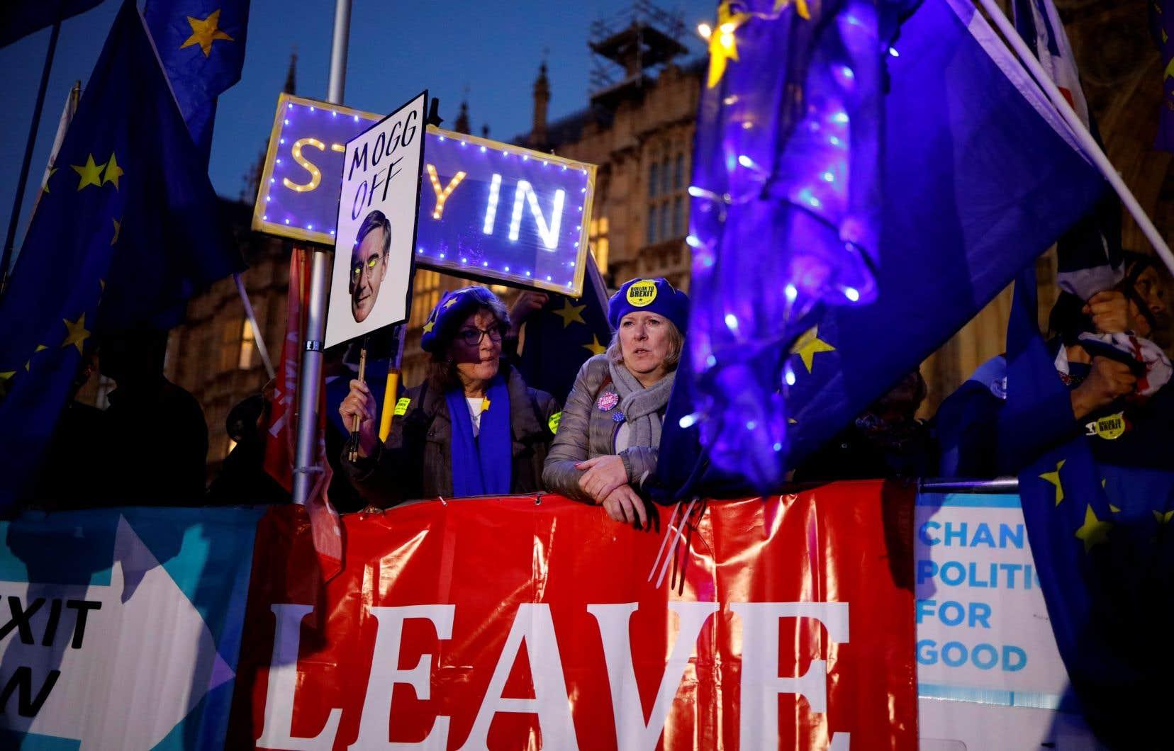 Le Parlement britannique a approuvé mardi par 329 voix contre 299 la loi d'application pour l'accord conclu par Boris Johnson et les dirigeants de l'UE.