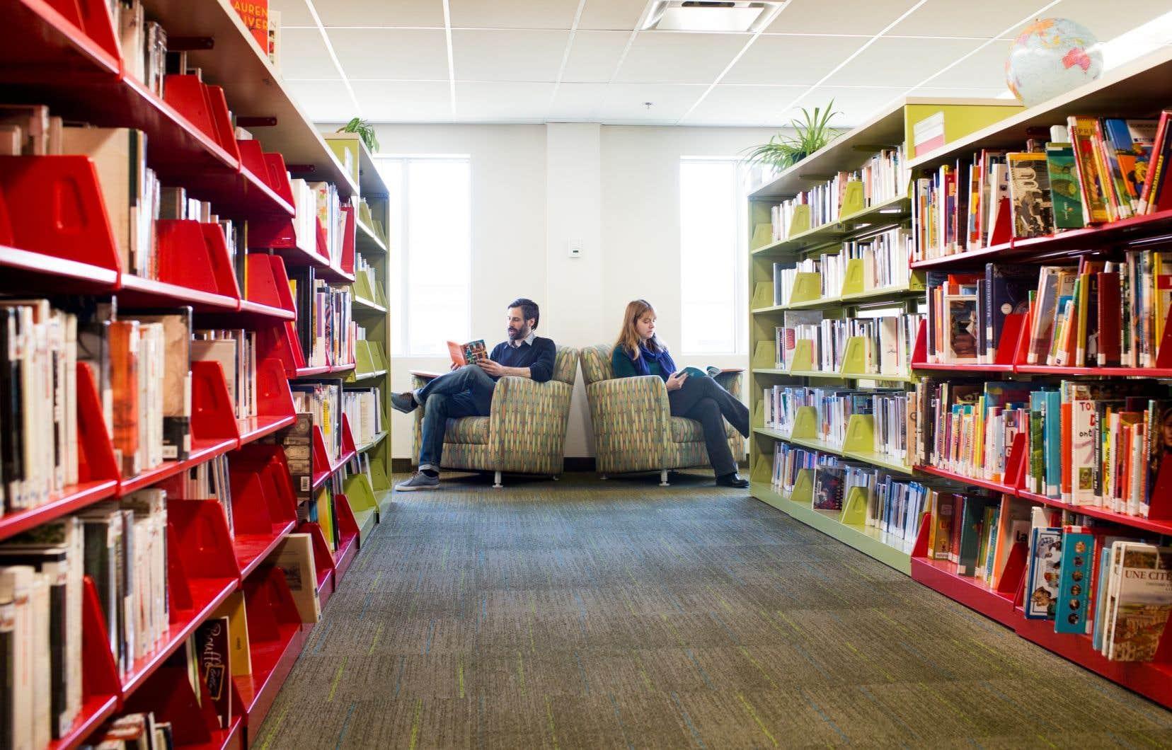 Le taux de fréquentation des bibliothèques publiques du Québec a grimpé entre 2013 et 2017.