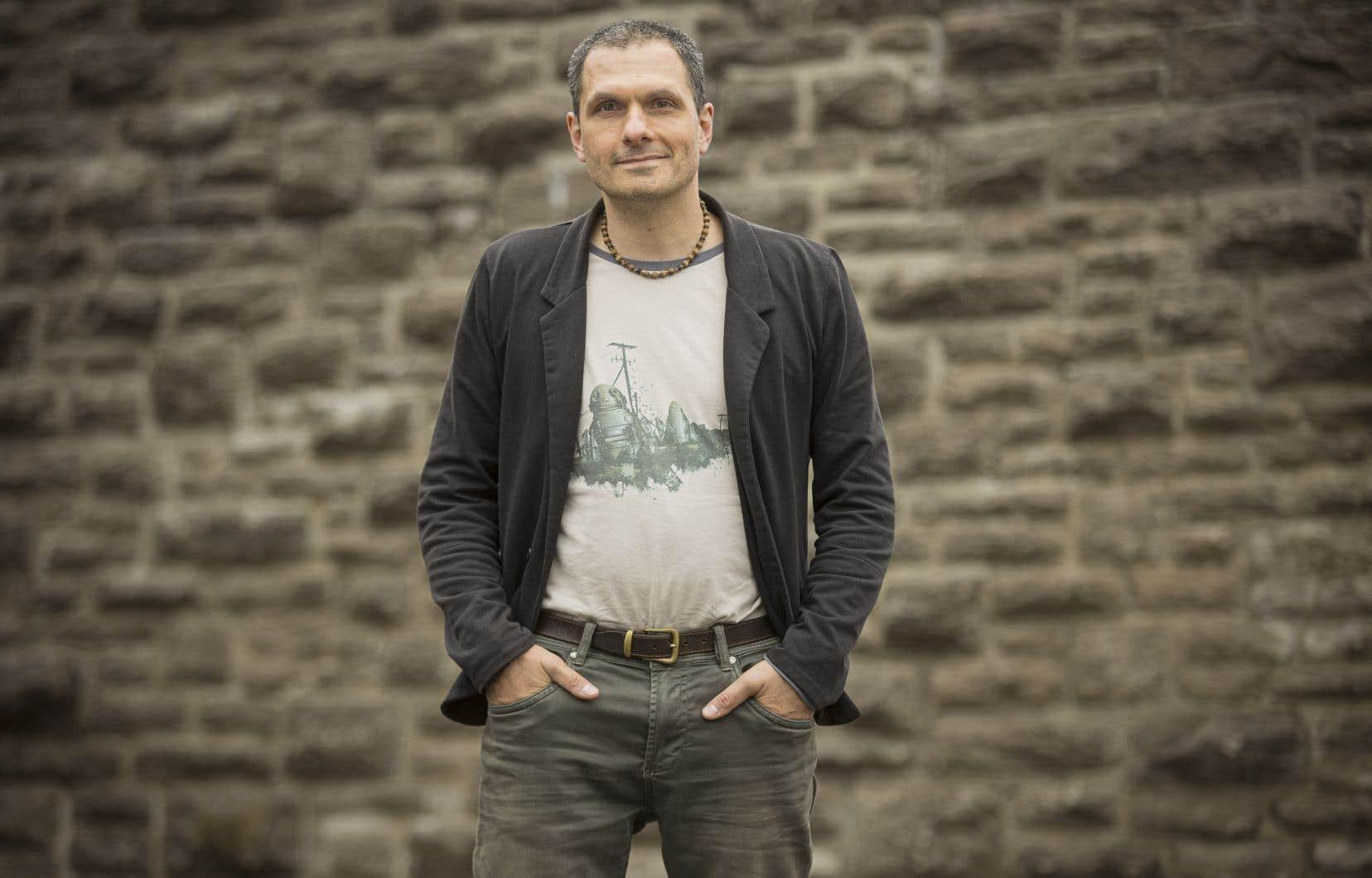 Après«Cœur tomate et Jieux», Mathieu Boily clôt ici son triptyque«Bouturales».