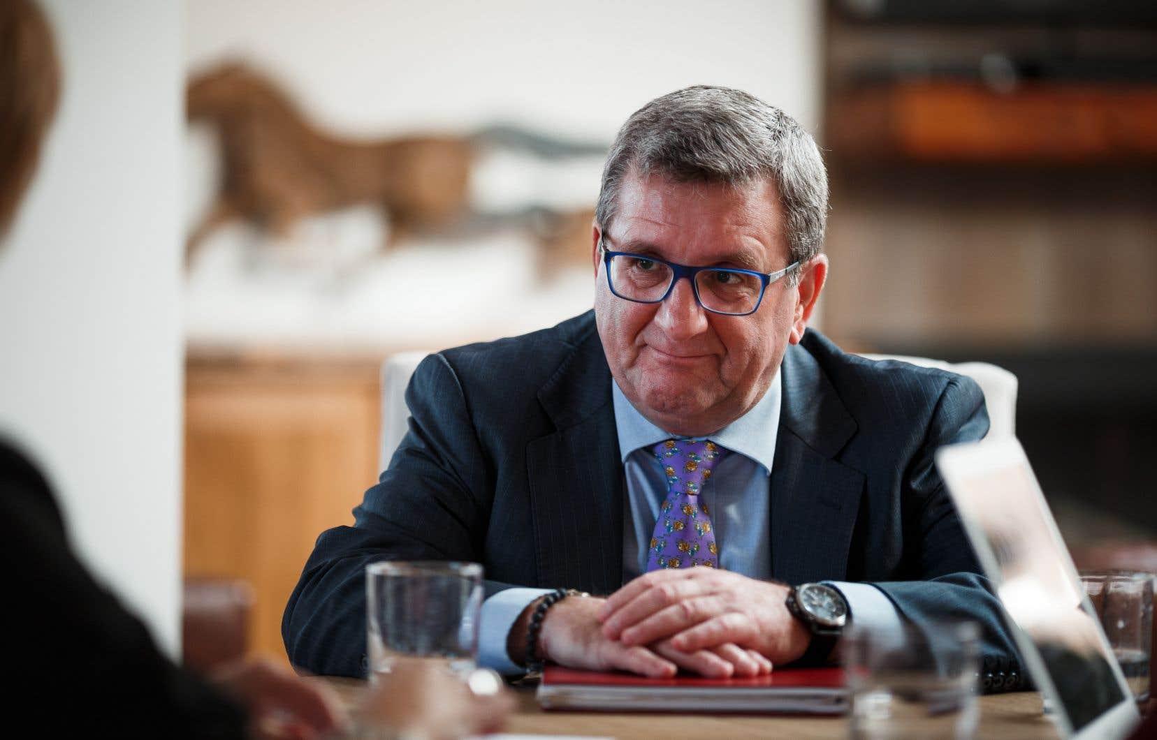 Le maire de Québec, Régis Labeaume, n'a pas souvenirde soi-disant discussions entre lui et des représentants du Port de Québec pour contrôler la lanceuse d'alerte Véronique Lalande.
