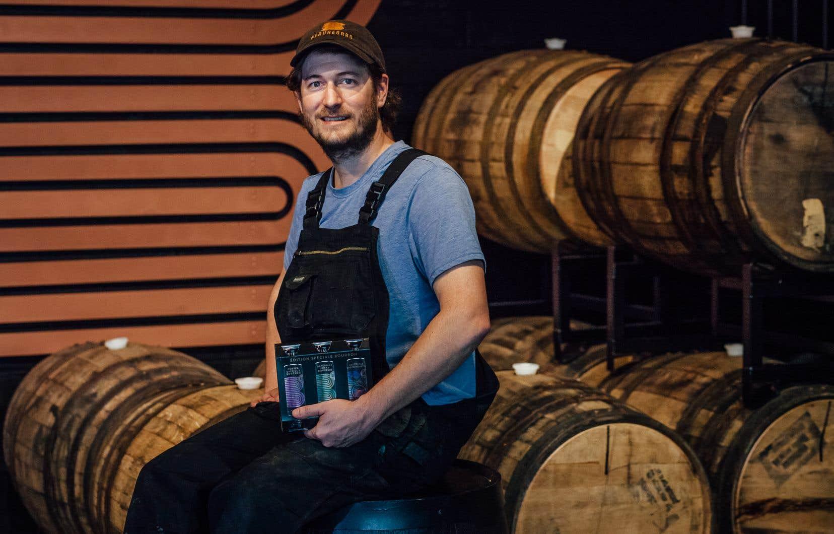 Beauregard – Brasserie distillerie, rue Dandurand, ne brasse que des bières noires, surtout des stouts et des porters, «des styles de bières qu'on aime boire», affirme Sébastien Coutu, distillateur, chef de production et cofondateur de l'entreprise.
