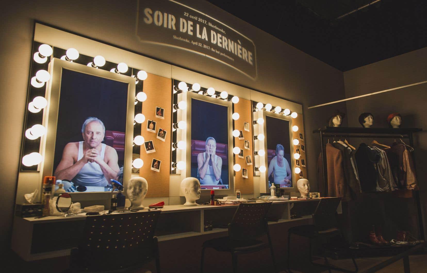 La scénographie remarquable de l'exposition nous amène littéralement dans les coulisses de <em>Broue</em>, de la taverne à la salle de maquillage.