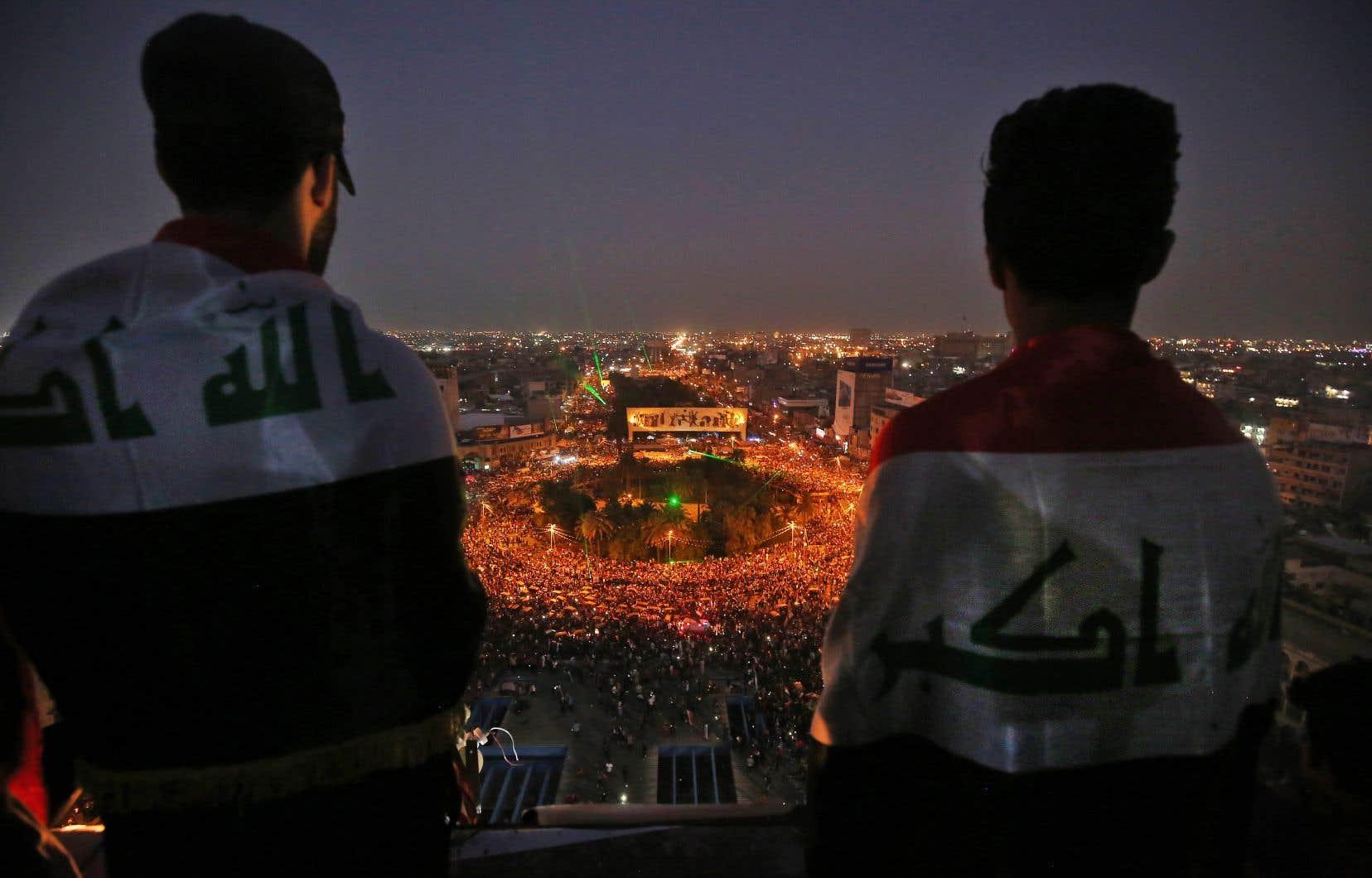 Sur la place Tahrir, les sermons, tractations politiques et autres promesses d'élections anticipées n'entament pas la détermination des manifestants.