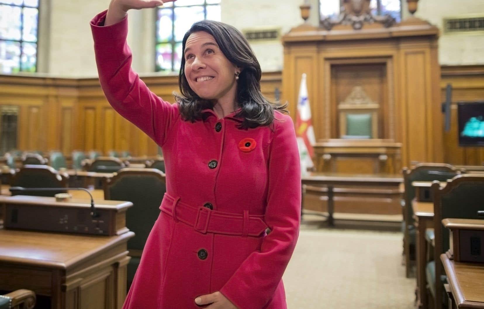 Le 5 novembre 2017, Valérie Plante est devenue la première femme élue mairesse de Montréal depuis la fondation de la ville, en 1642.