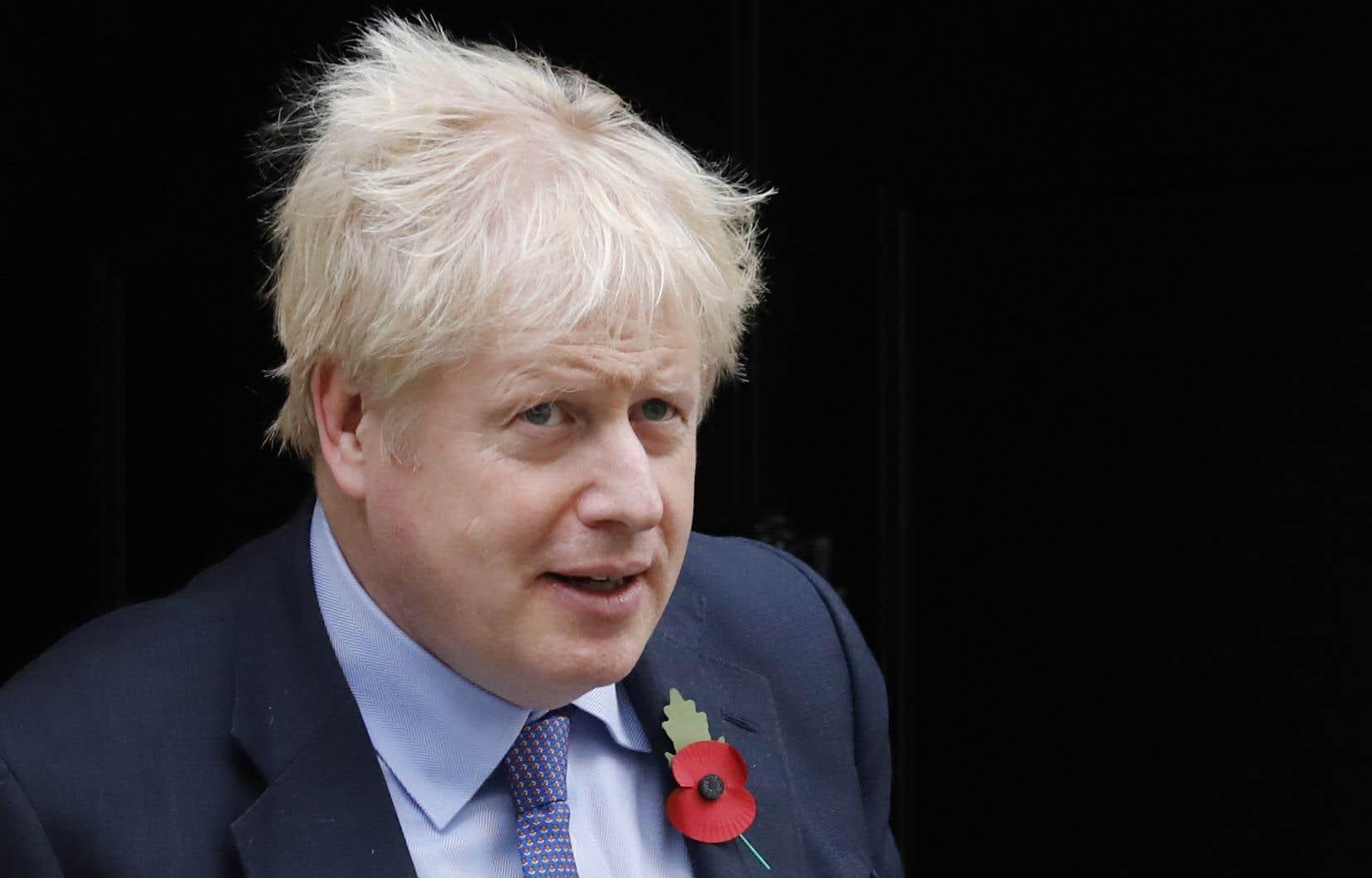 <p>Arrivé au pouvoir en juillet en promettant le Brexit «coûte que coûte» fin octobre, Boris Johnson avait juré qu'il préférerait être «mort au fond d'un fossé» plutôt que demander un troisième report.</p>