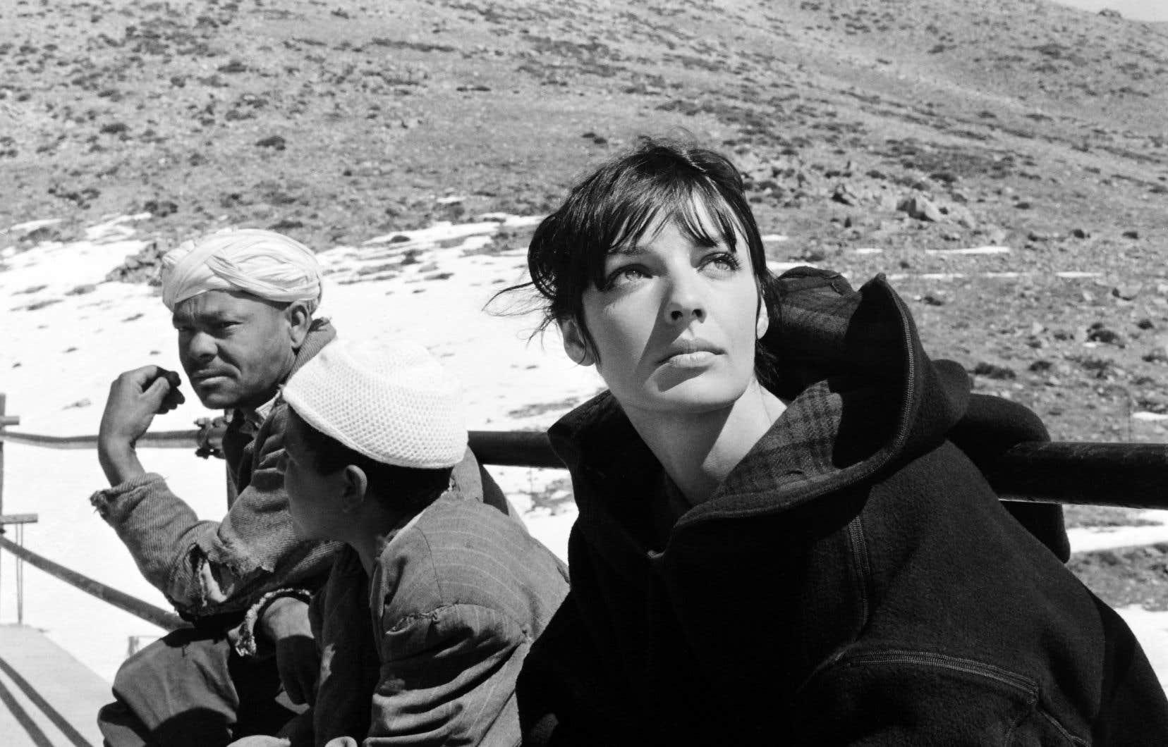 L'artiste surnommée «la fille aux yeux d'or», ici sur le tournage de «Marie-Chantal contre le docteur Kha» de Claude Chabrol, en 1965, a joué dans 35 films, et vendu plus de 35millions d'albums. Elle s'est éteinte samedi en Suisse.