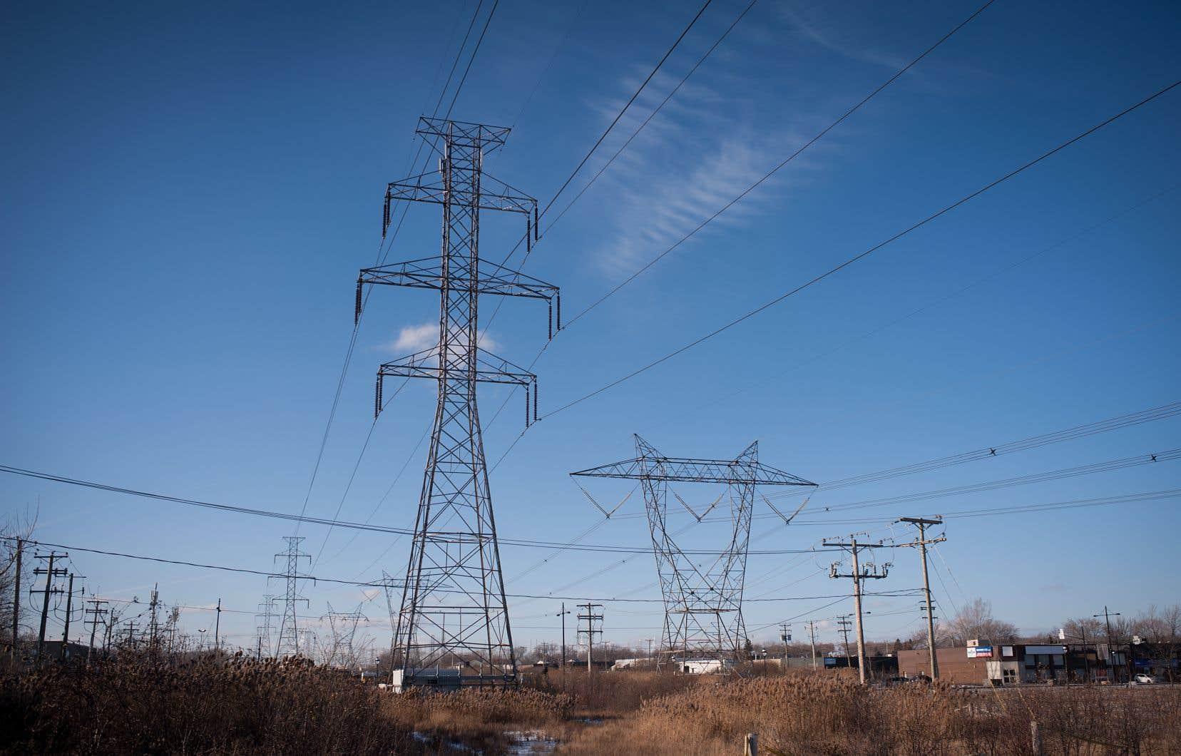 Hydro-Québec affiche des surplus énergétiques depuis plusieurs années et elle mise sur l'appétit des États américains pour de l'énergie renouvelable afin de les écouler.