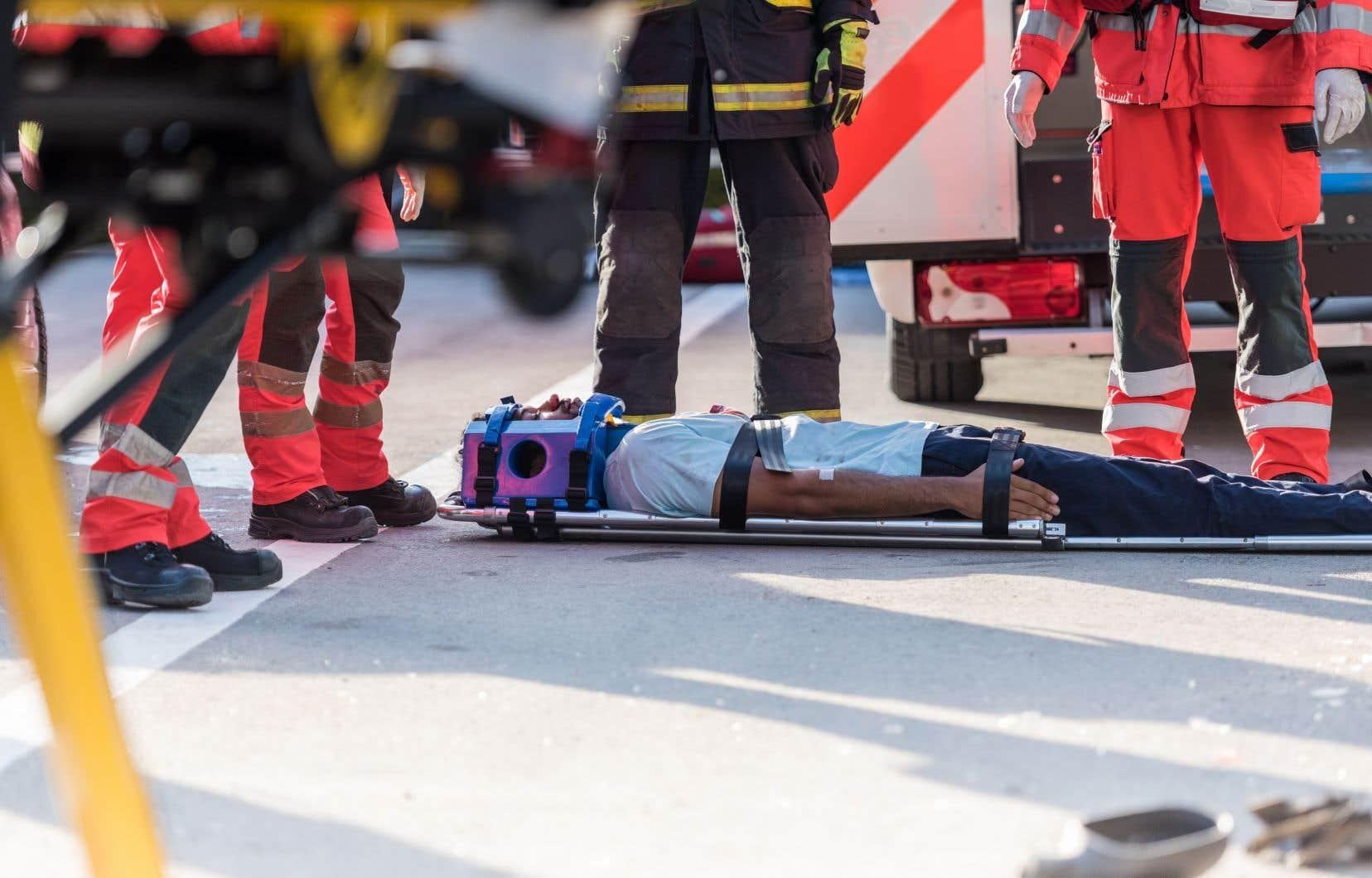 Personne n'est à l'abri d'un traumatisme craniocérébral qui peut survenir lors d'une chute, au travail  ou encore lors d'un accident de la route.