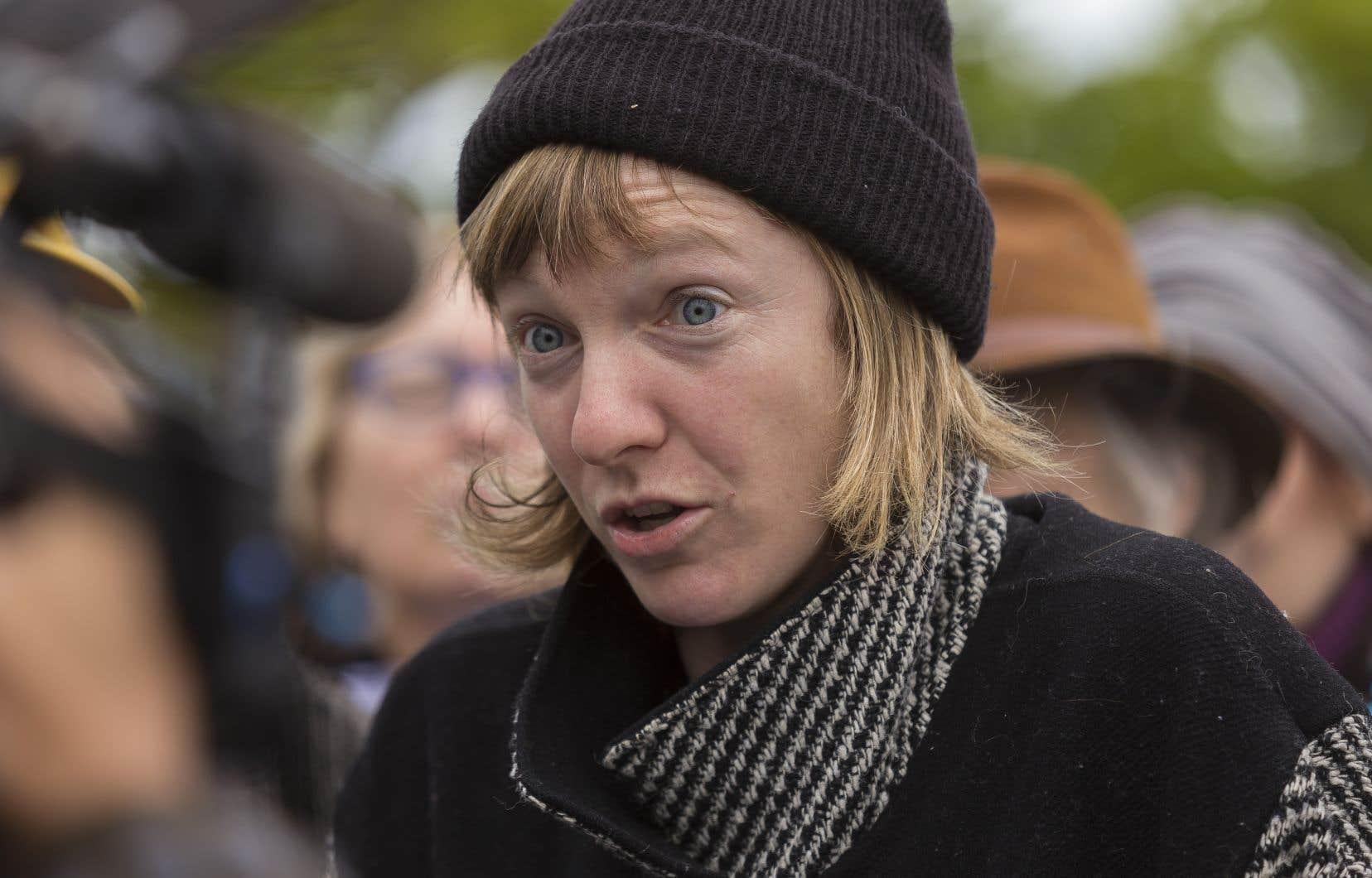 Catherine Dorion est dans la controverse depuis pratiquement une semaine pour avoir publié une photo humoristique d'elle dans le Salon rouge.