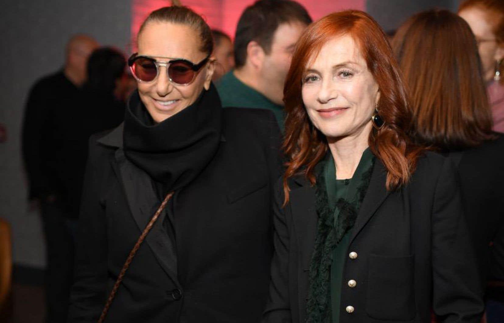 Isabelle Huppert (à droite) en octobre dernier à New York