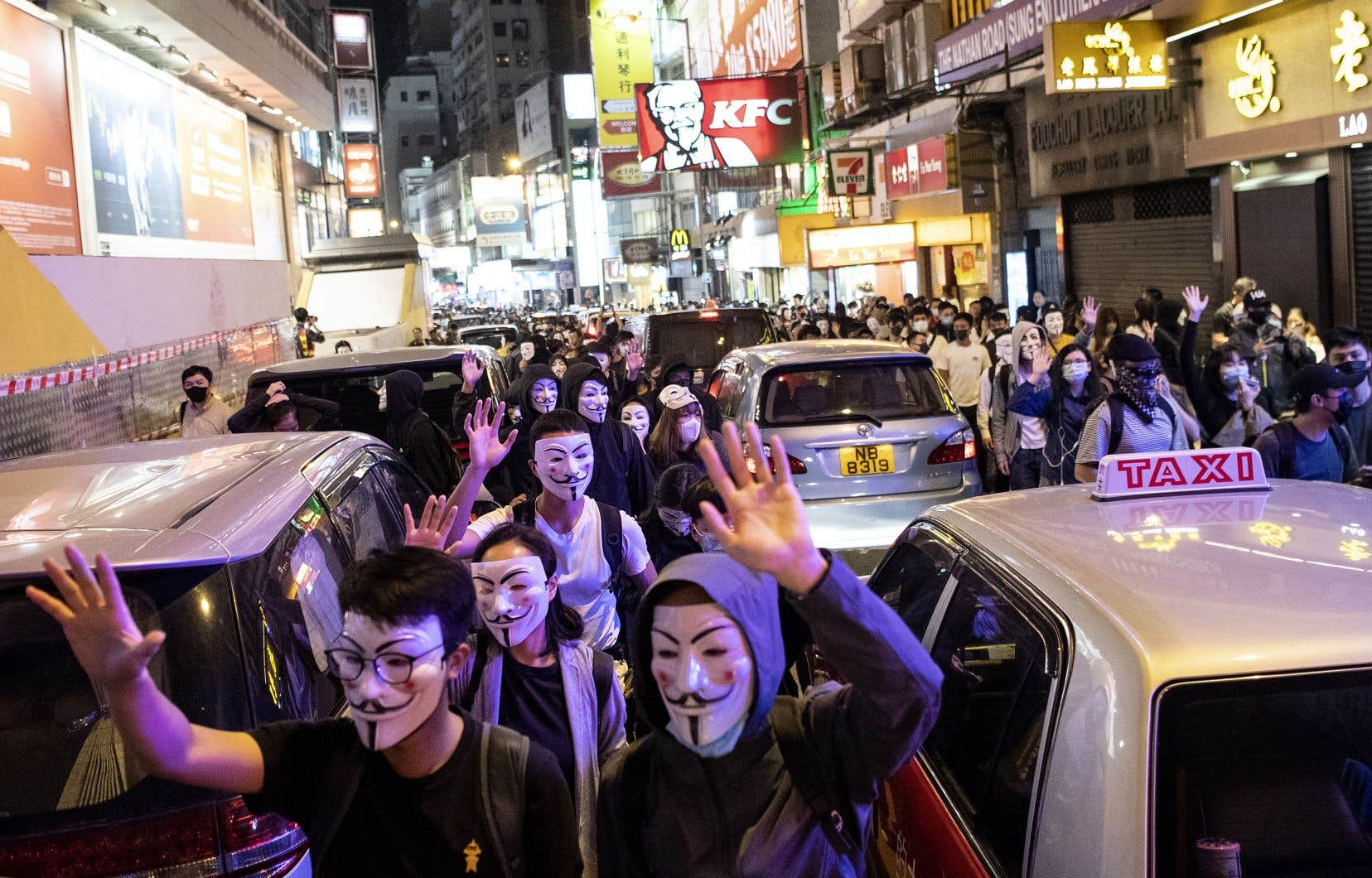 La Sun Life estime que les manifestations à Hong Kong ont entraîné un ralentissement du nombre de visiteurs chinois se rendant dans la ville pour y souscrire une assurance, mais que les répercussions sur les activités de l'assureur ont été «assez modestes».
