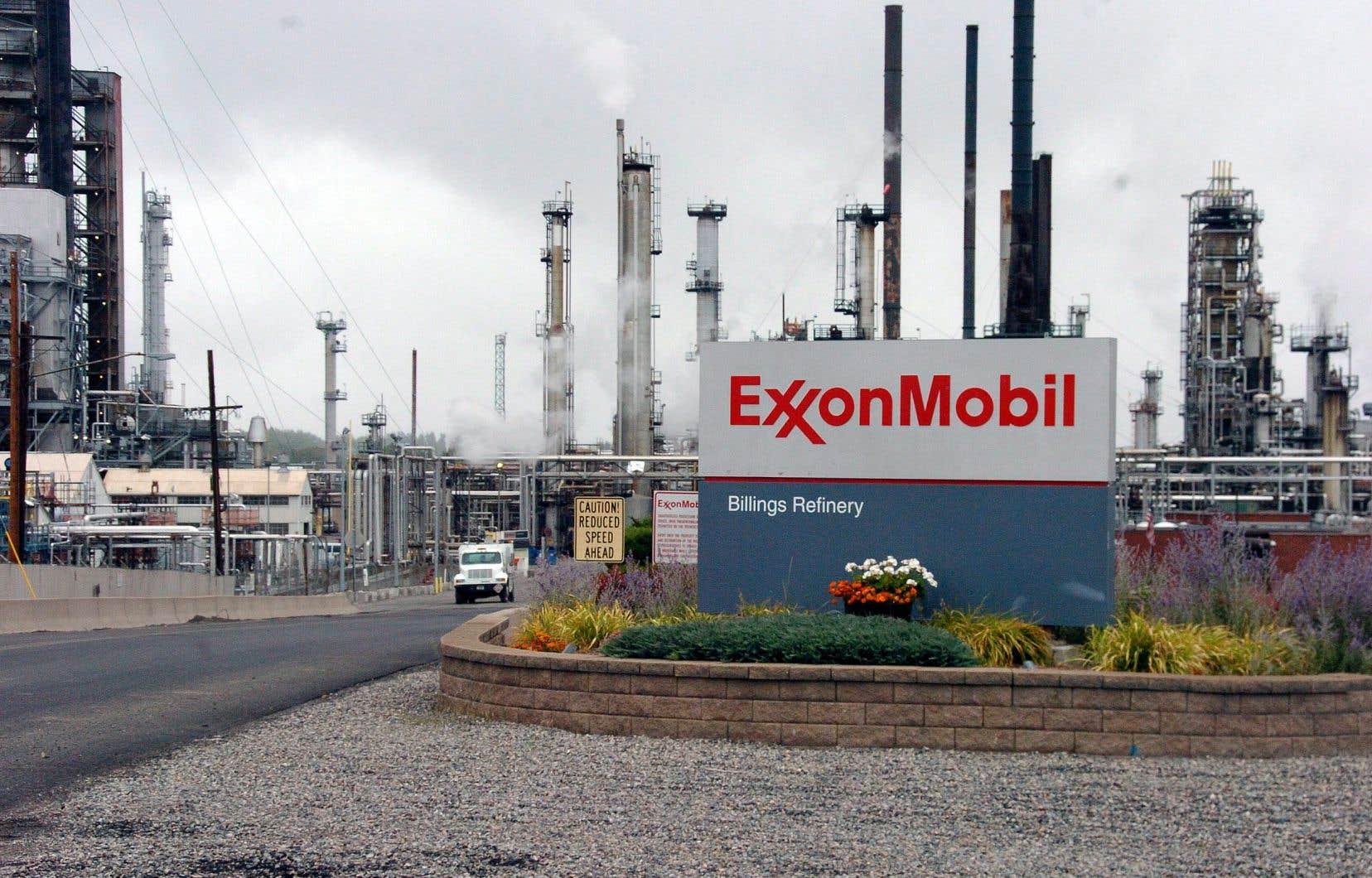 Le procès tenu à New York contre ExxonMobil depuis le 22octobre pourrait modifier la façon dont les entreprises pétrolières et gazières définissent leur risque lié aux changements climatiques.