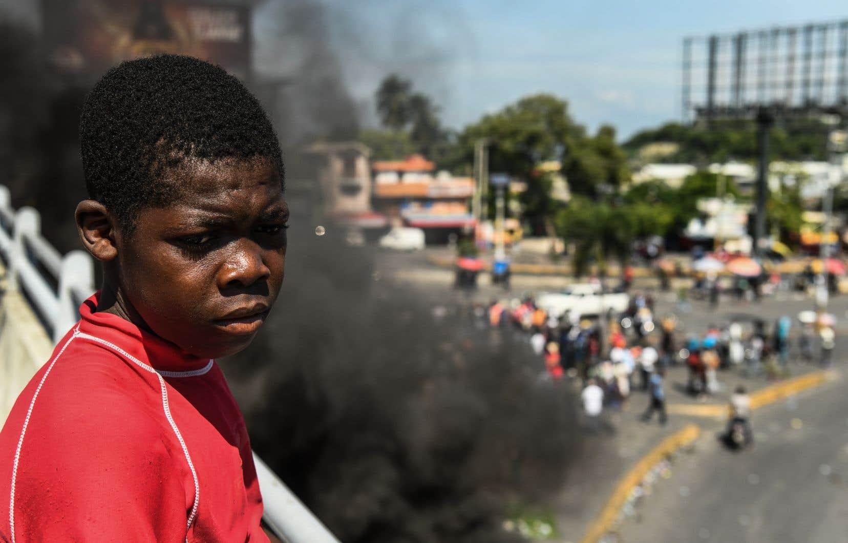 <p>Au moins 42 personnes sont mortes depuis mi-septembre dans des manifestations organisées dans les principales villes en Haïti pour exiger la démission du président Jovenel Moïse.</p>