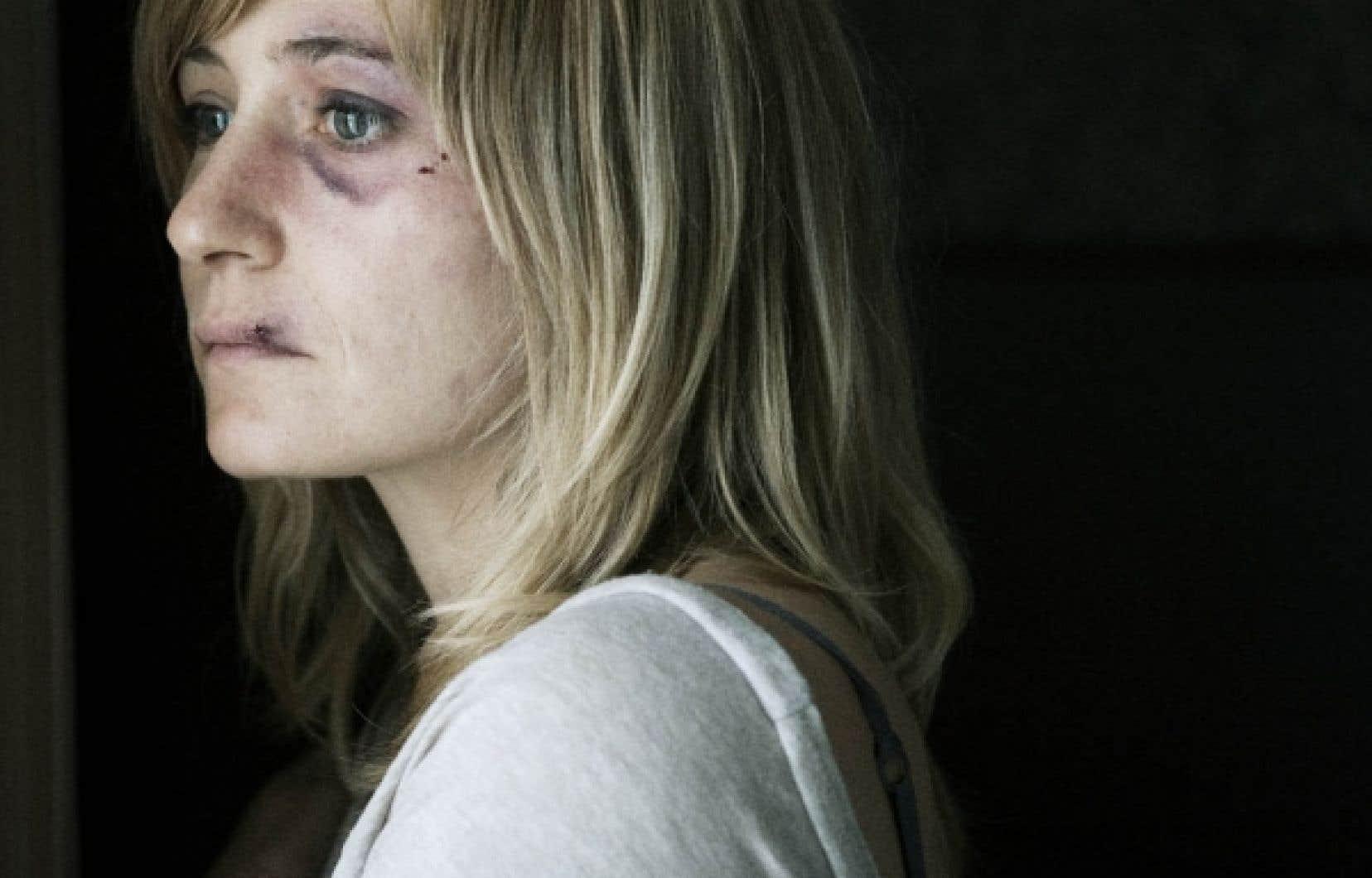 La comédienne Evelyne Rompré dans 2 fois une femme<br />