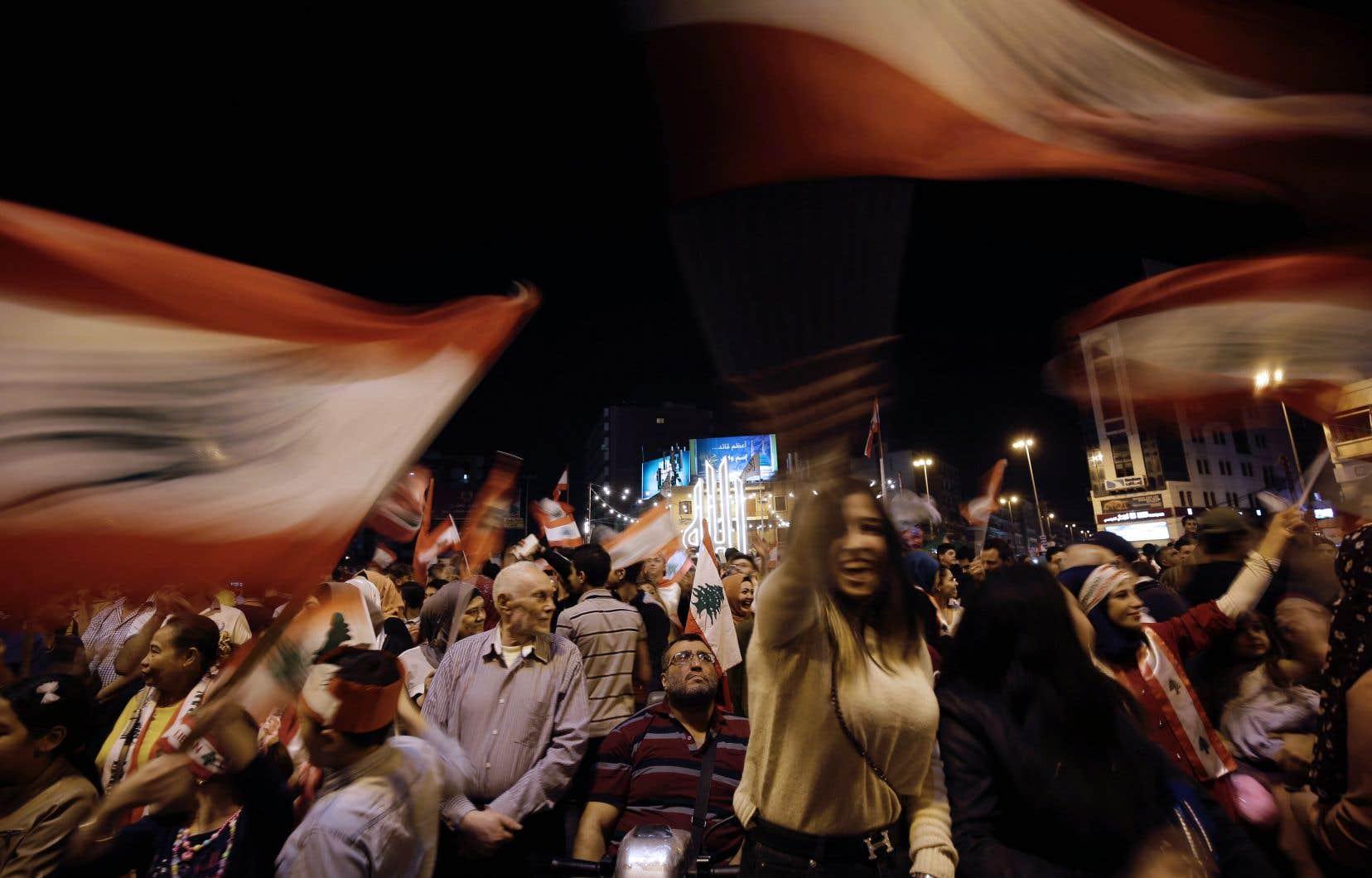 Une manifestation contre le gouvernement libanais à Tripoli, dans le sud du pays