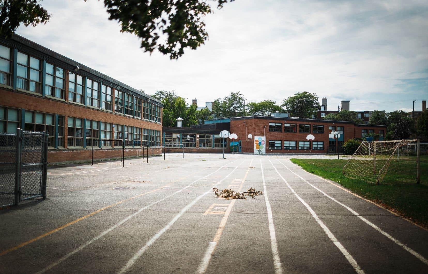 Les municipalités réclament davantage de pouvoirs en matière scolaire, mais ne veulent surtout pas toucher aux bâtiments scolaires.