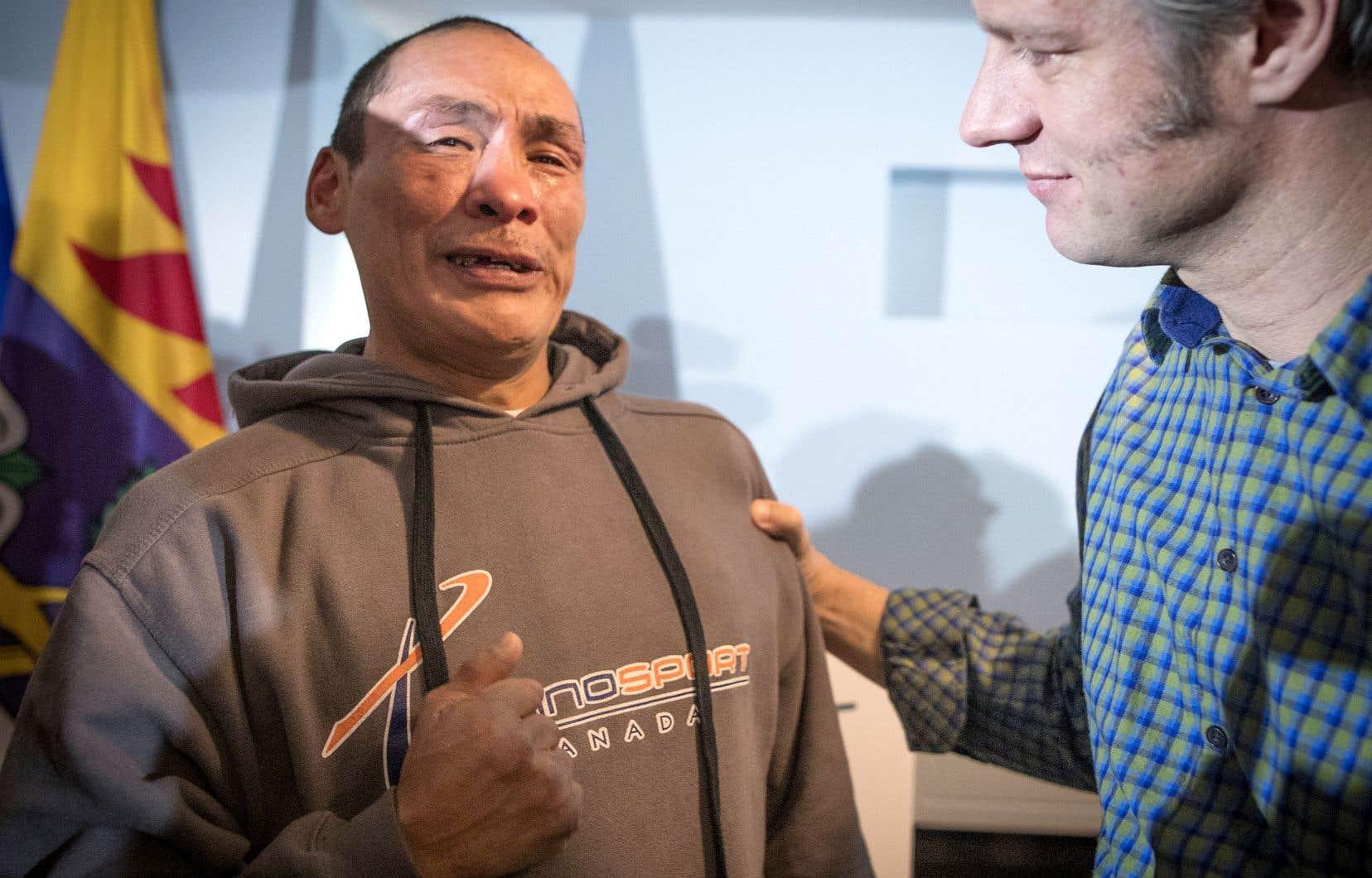 Putulilt Quimax remercie chaleureusement David Chapman, le directeur du nouveau centre de jour Résilience.