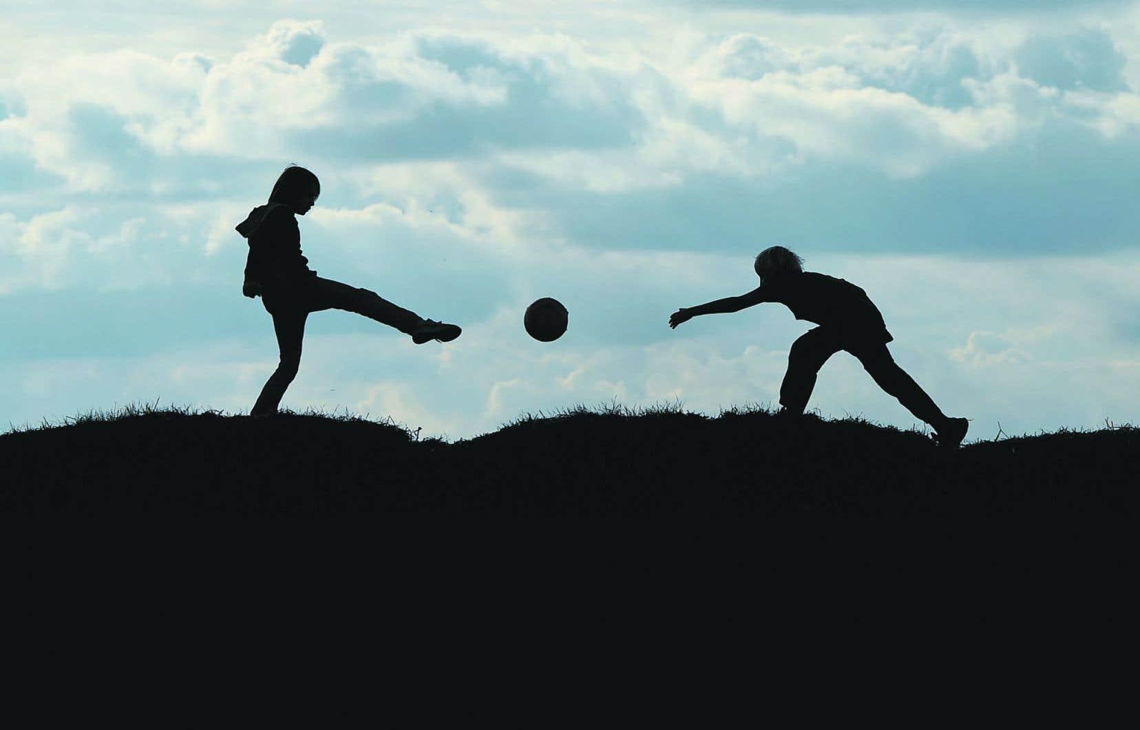 Les témoignages entendus par la Commission spéciale sur les droits des enfants et la protection de la jeunesse ont mis en lumière d'importants ratés dans le système de protection.