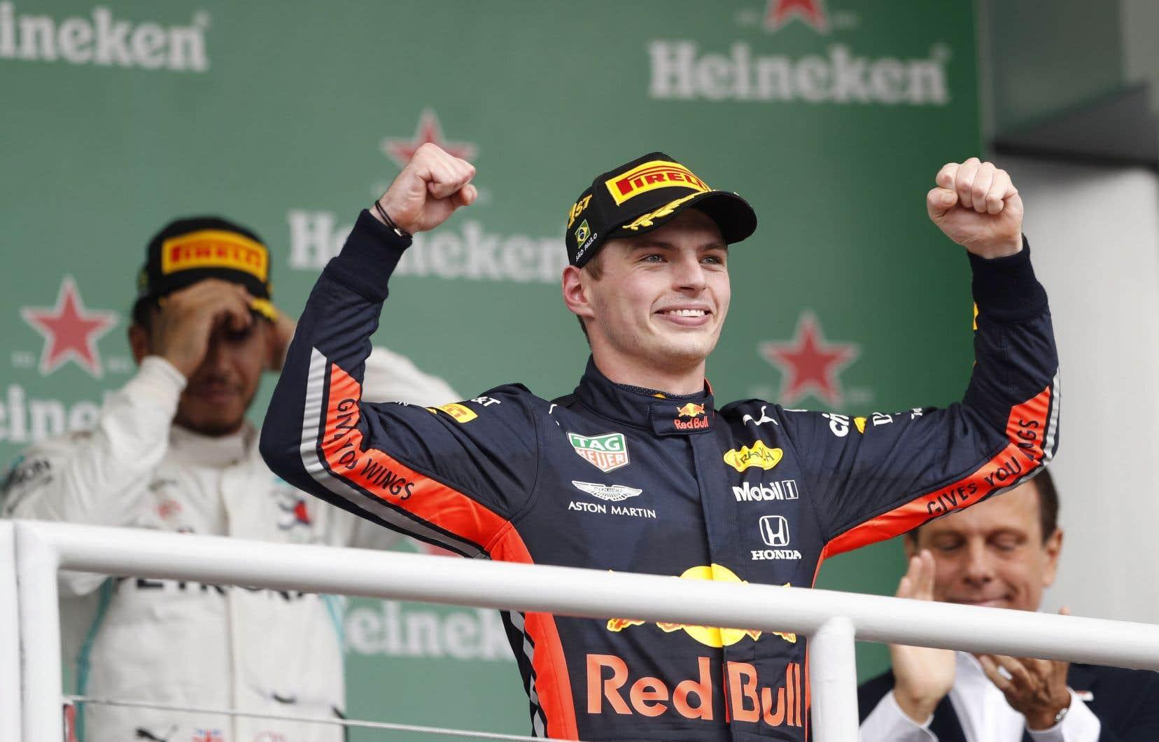 Pour Vestappen, il s'agit d'un troisième triomphe en 2019, après ses victoires en Autriche et en Allemagne.