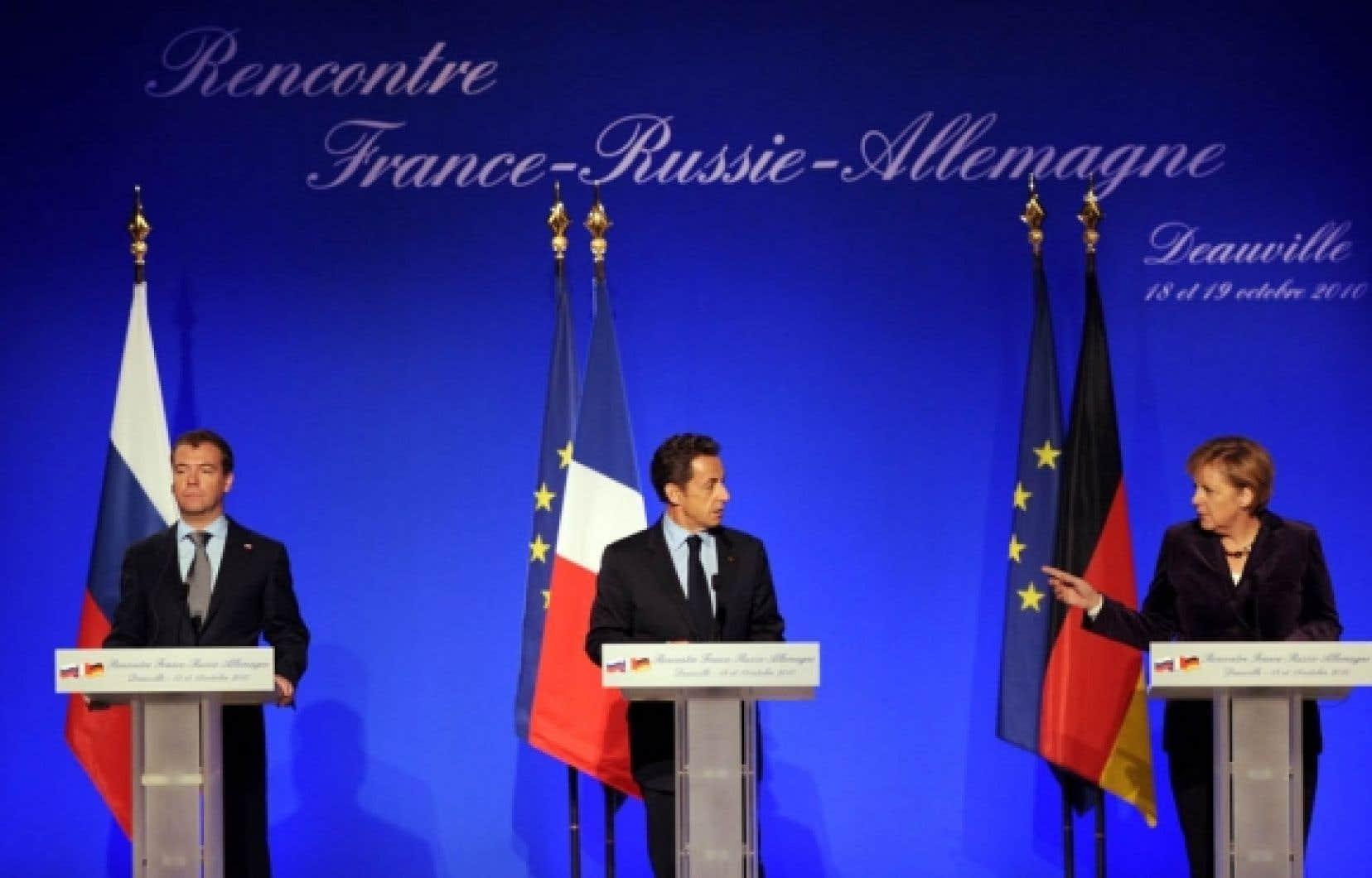 À Deauville, le président français, Nicolas Sarkozy, et la chancelière allemande, Angela Merkel, en ont surpris plus d'un en faisant leurs propositions sur une réforme du traité de Lisbone.<br />