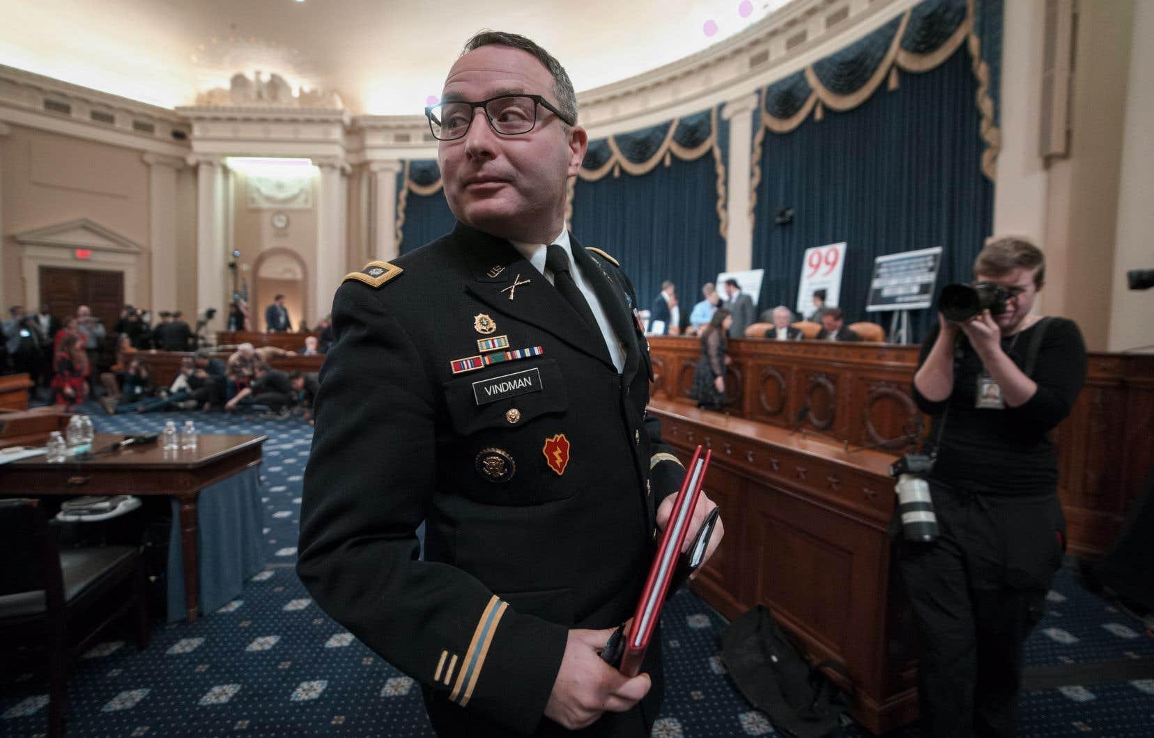 Le lieutenant-colonel Alexander Vindman, conseiller à la sécurité nationale à la Maison-Blanche, a témoigné mardi lors d'une audition publique au Congrès.