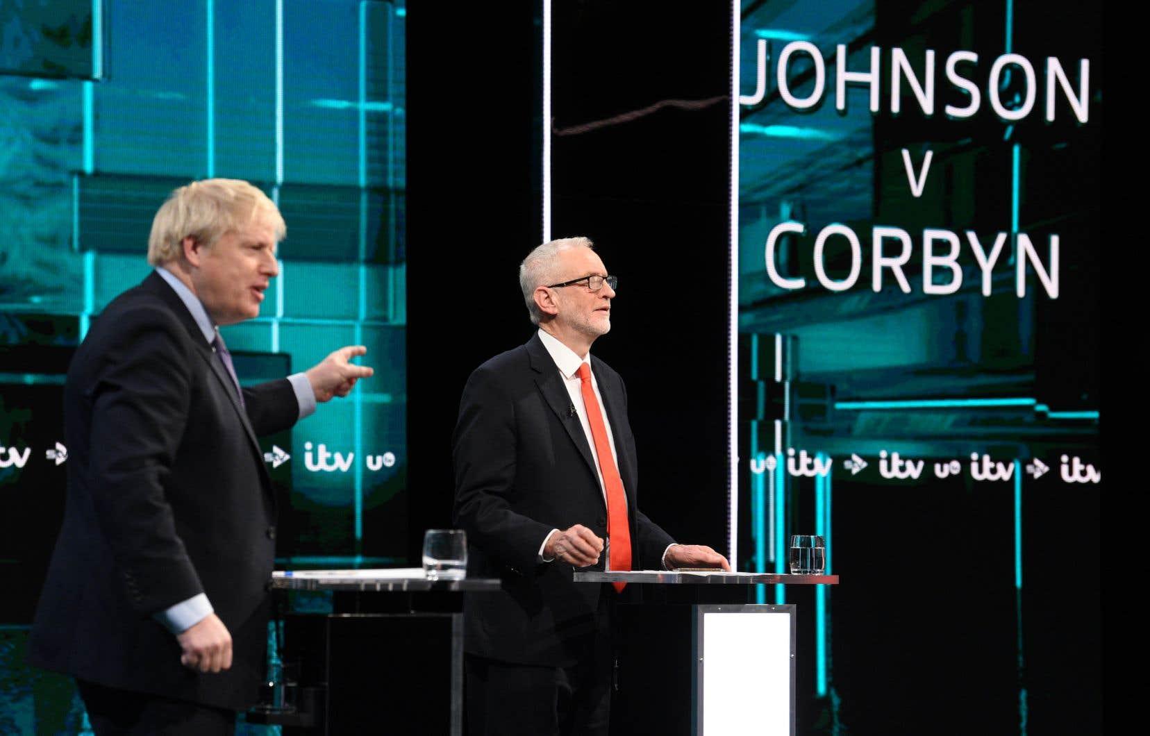 Boris Johnson et Jeremy Corbyn espèrant grappiller quelques voix avant les législatives du 12décembre.