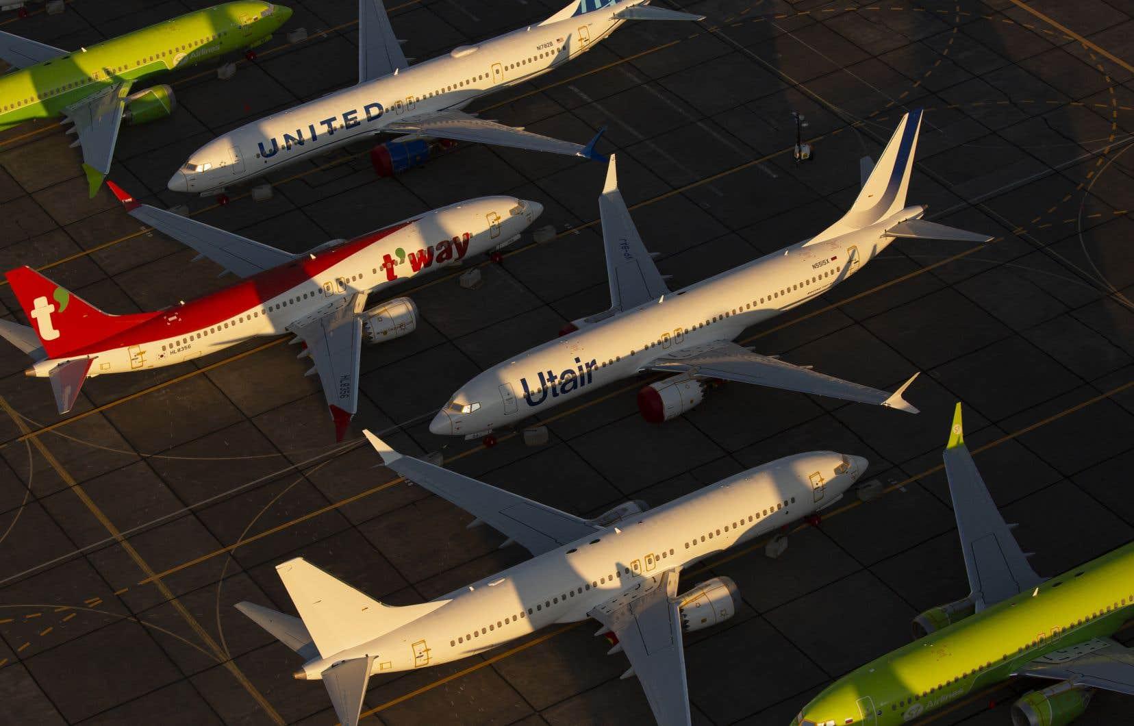 La crise dans laquelle le 737 MAX a plongé Boeing depuis plus de huit mois est en train de se stabiliser, malgré une nouvelle plainte judiciaire.