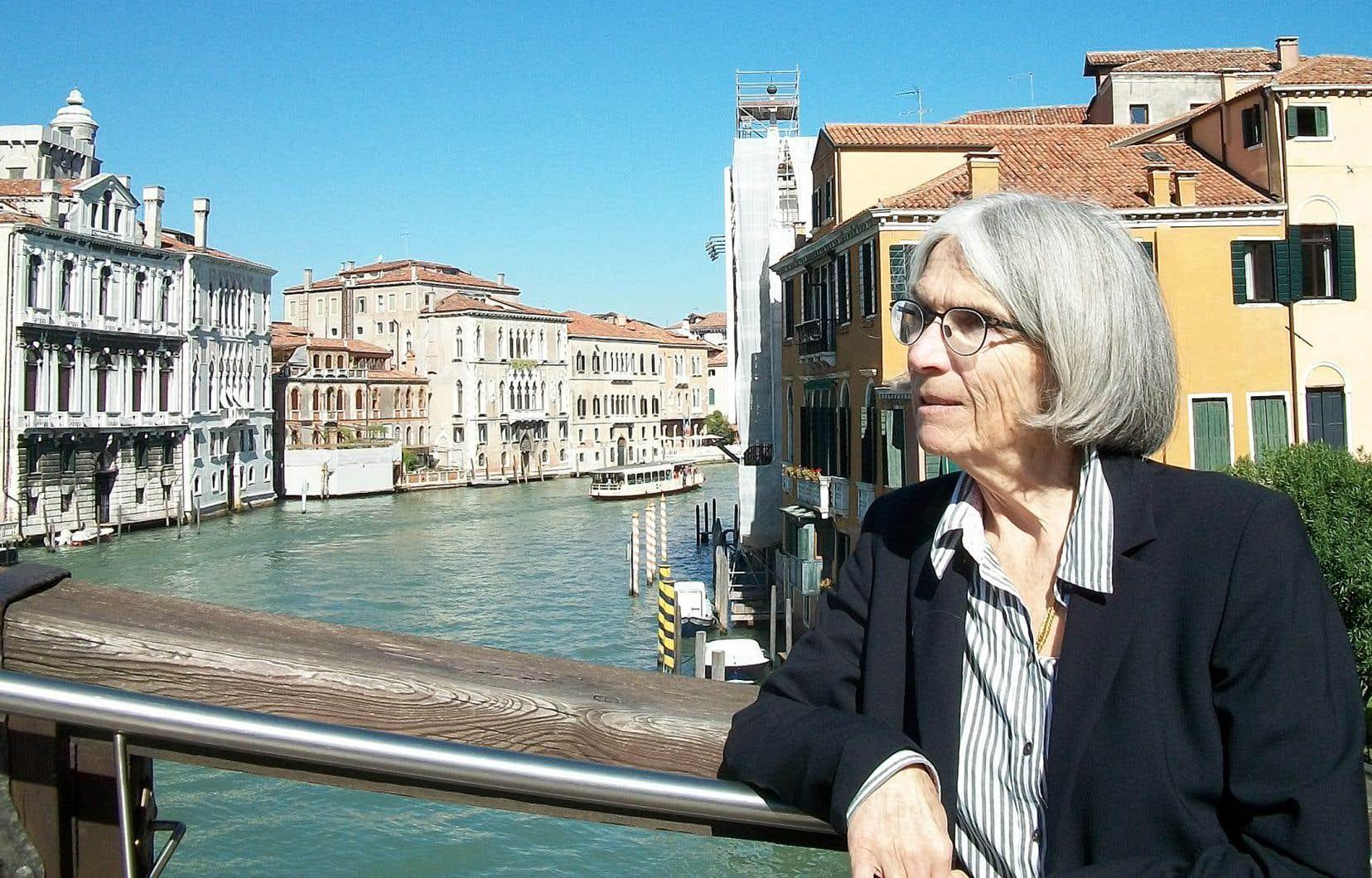 Donna Leon à Venise. On aime ou on déteste ses minutieuses descriptions des moindres recoins de la Sérénissime.