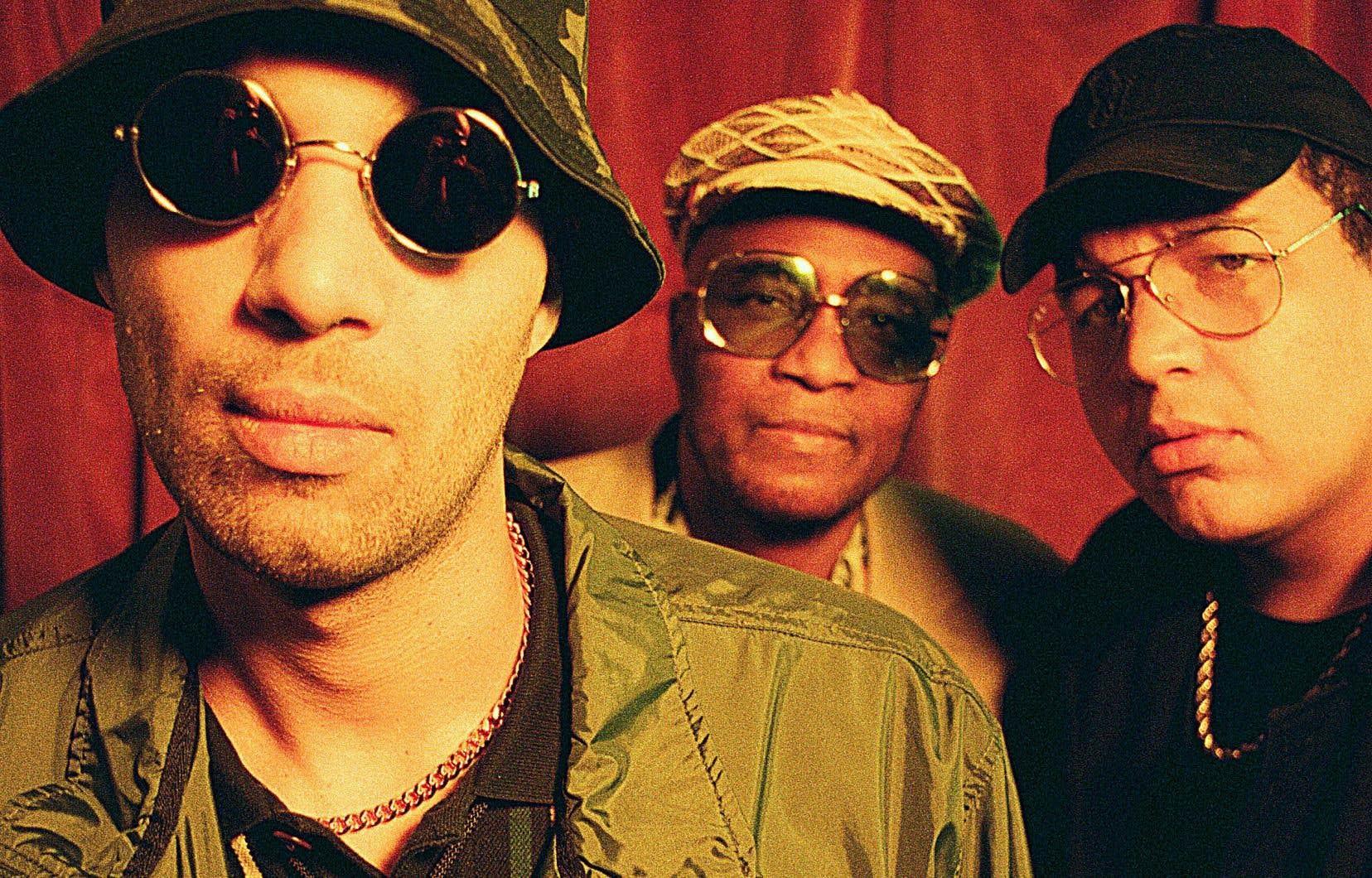 Touffu et éclectique, le nouvel album de Brown Family est d'abord marqué par la pop et le rap.