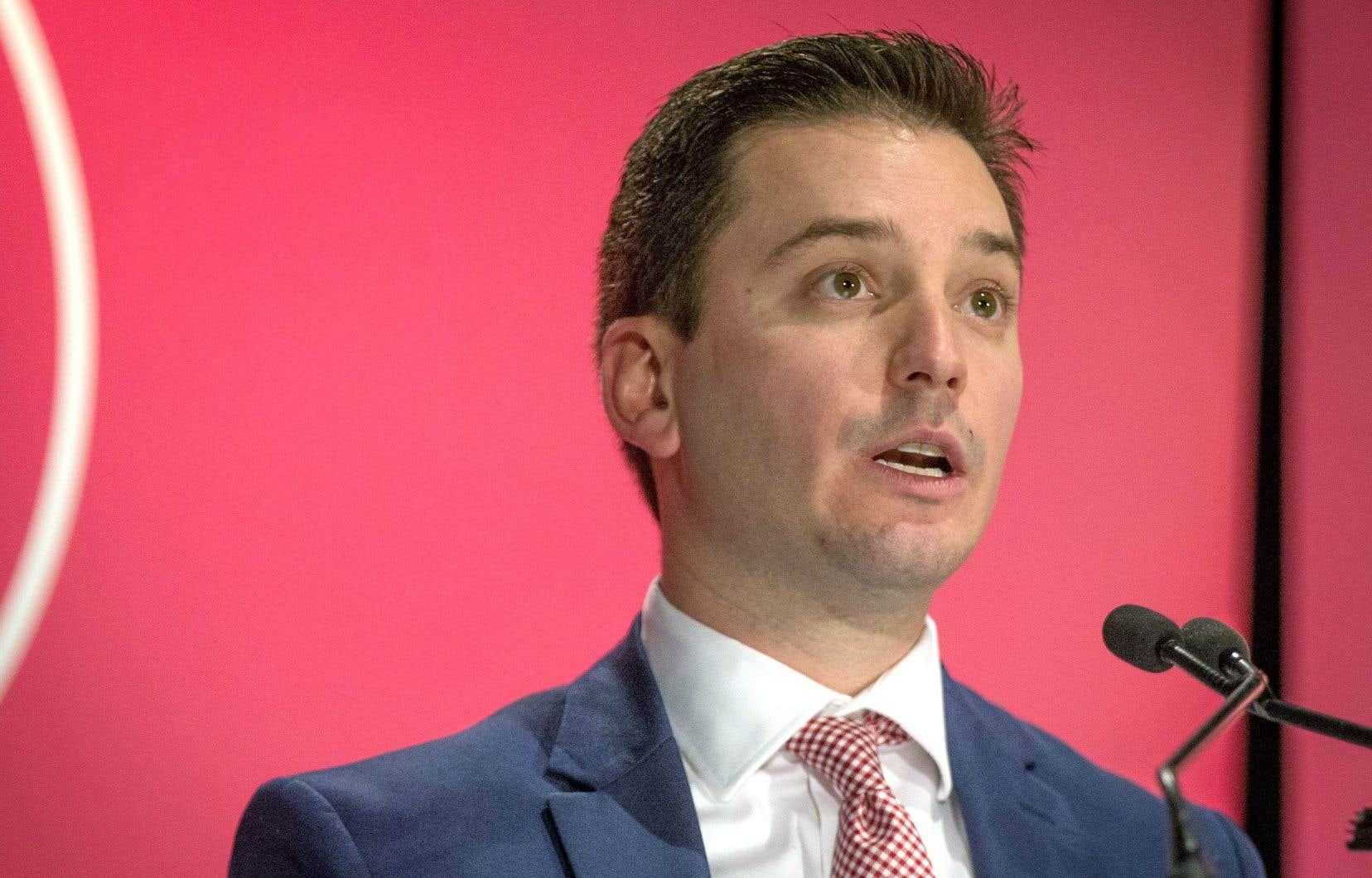 Le ministre de l'Immigration, Simon Jolin-Barrette, lors de son allocution devant la Chambre de commerce du Montréal métropolitain