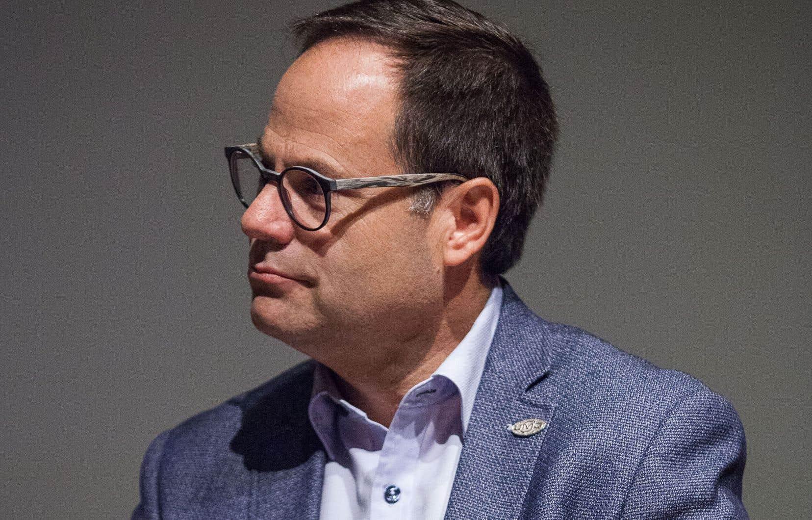 Le maire de Drummondville restera en poste jusqu'au 31janvier, le temps de compléter la transition à la tête de la ville qu'il dirige depuis 2013.