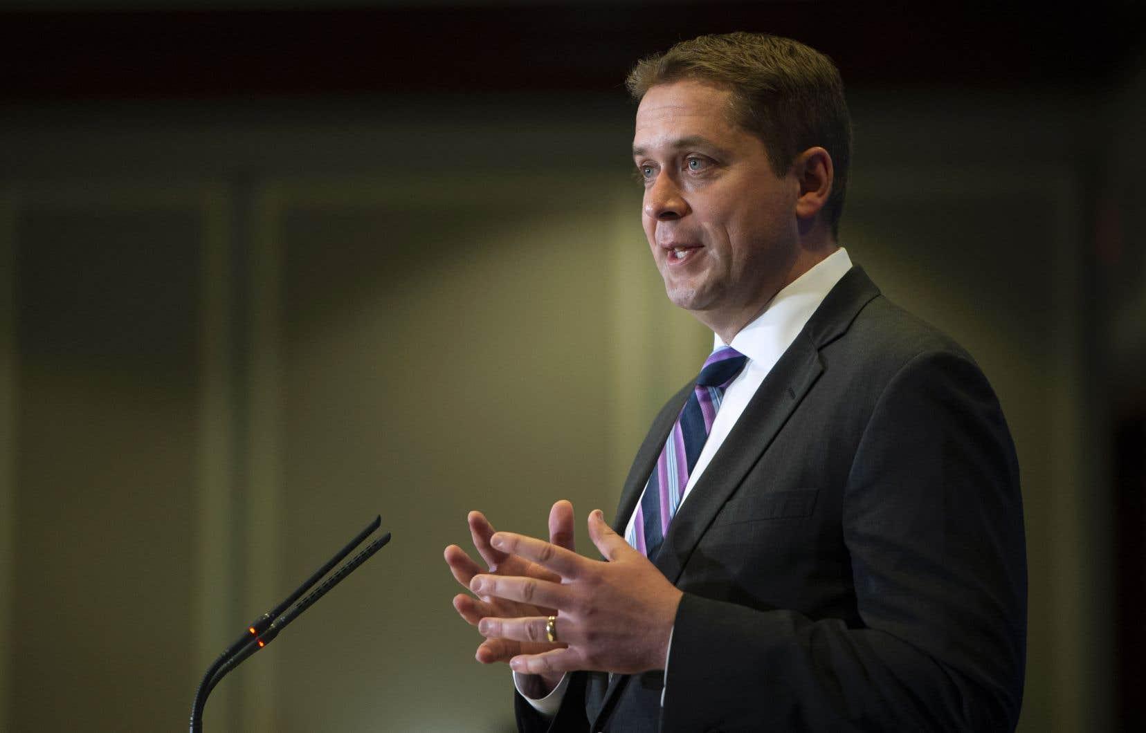 Le leadership d'Andrew Scheer est de plus en plus contesté dans les rangs conservateurs.
