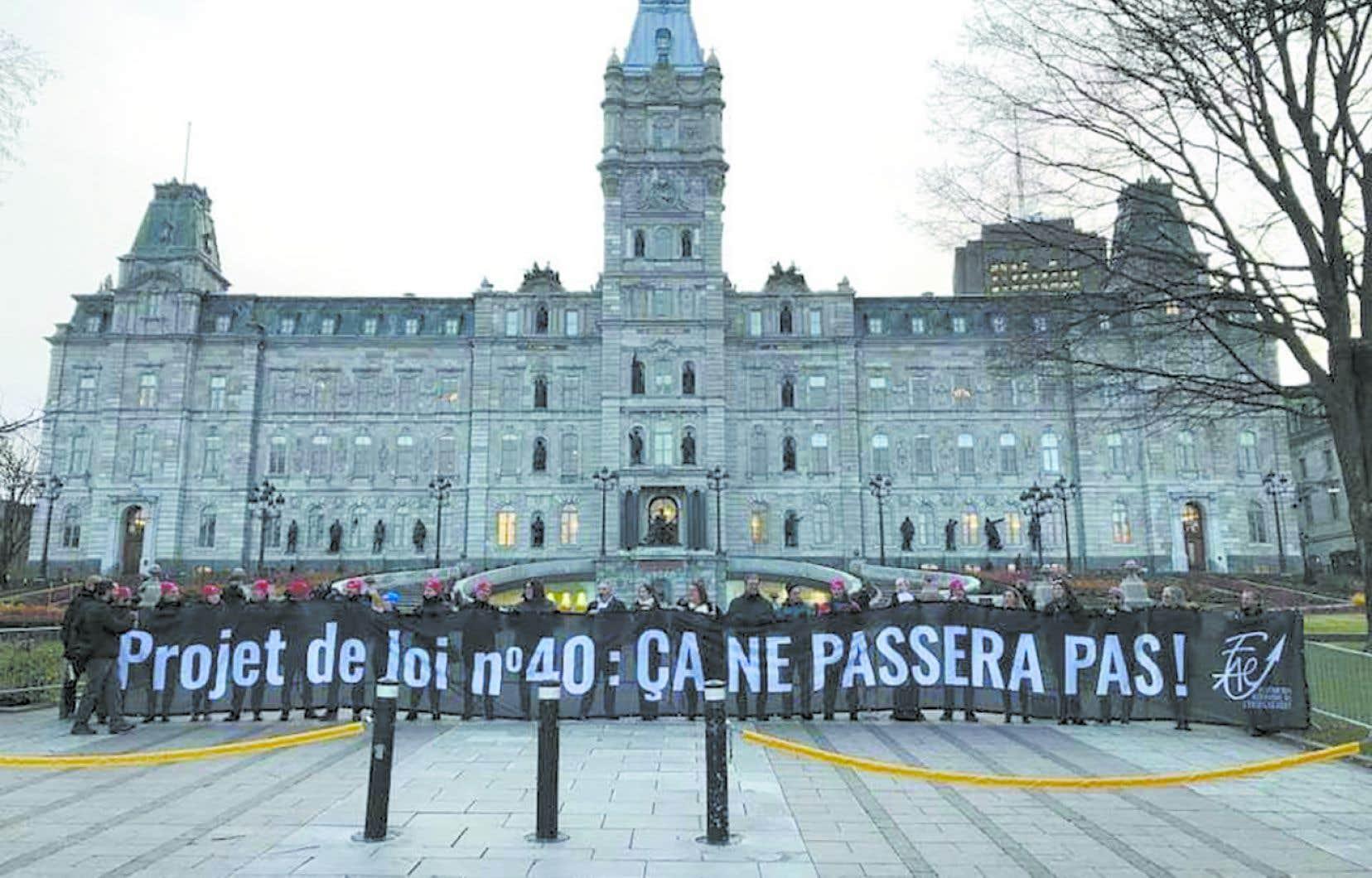 Depuis deux mois, La FAE se mobilise contre le projet de loi 40.