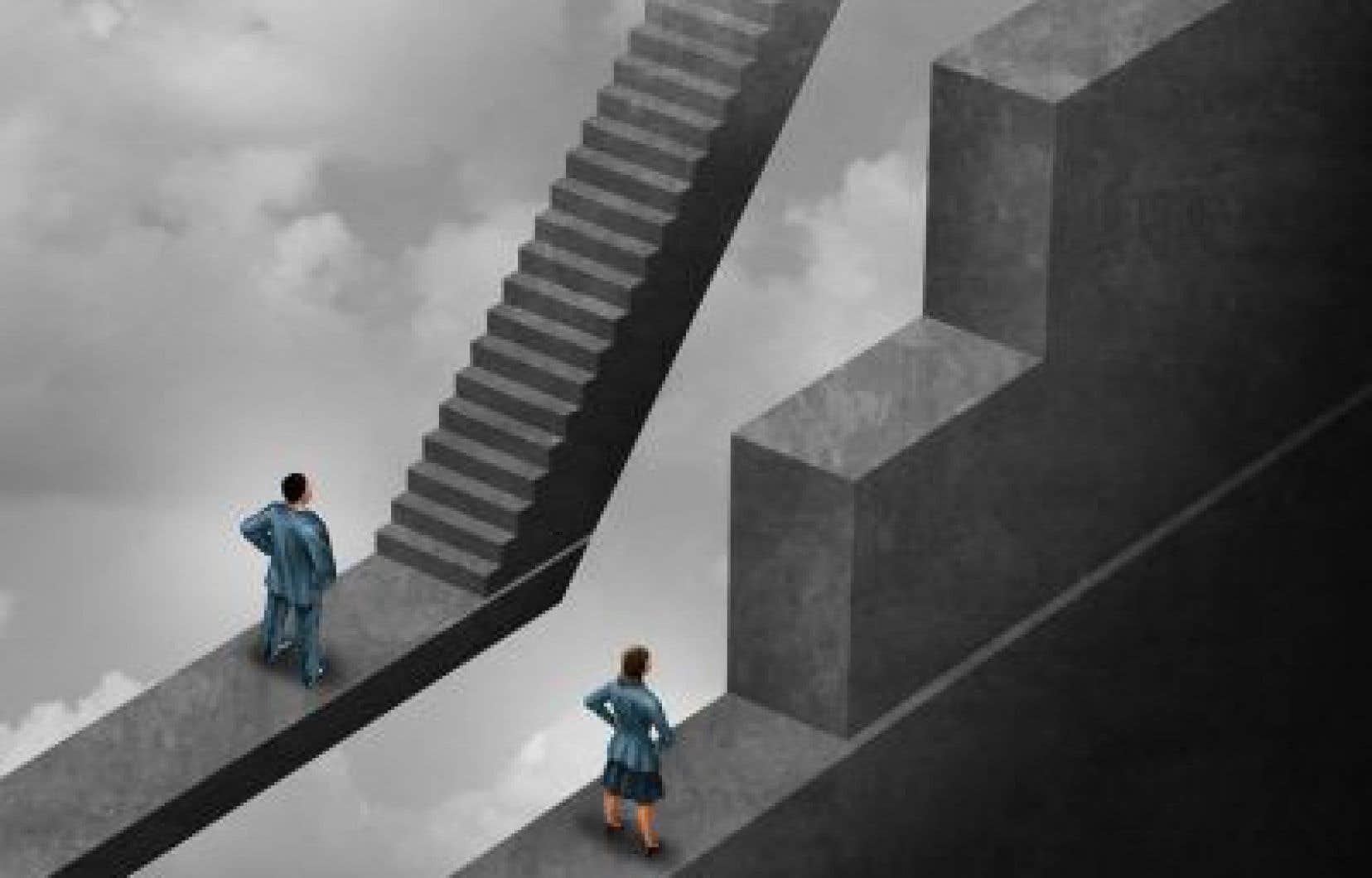 Selon le SPGQ et les données d'un rapport réalisé par l'IRIS, la ségrégation professionnelle et la stagnation salariale révèlent de la discrimination systémique fondée sur le sexe.