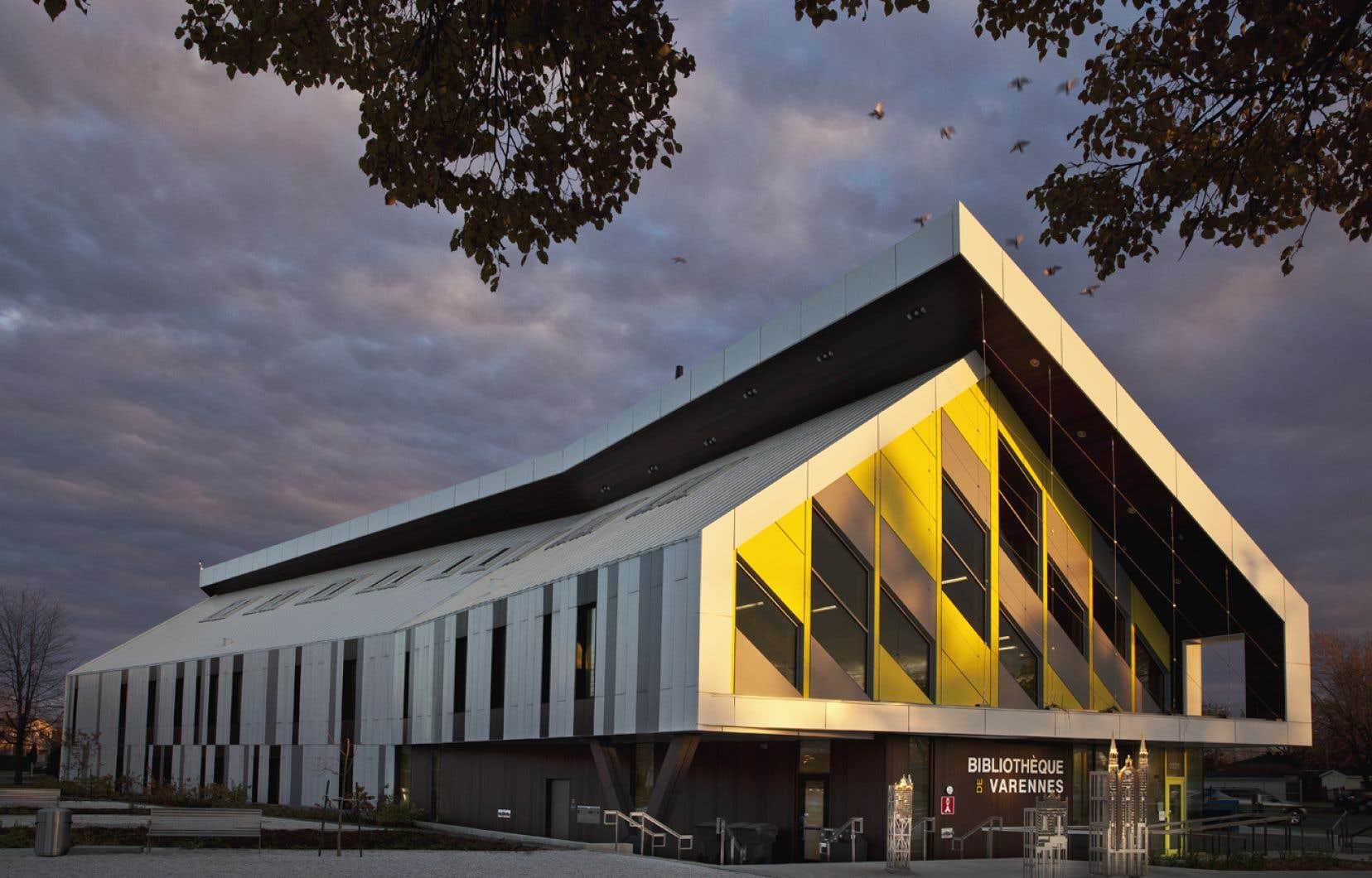 En 2017, la bibliothèque de Varennes avait atteint l'objectif net zéro deux ans après son ouverture.