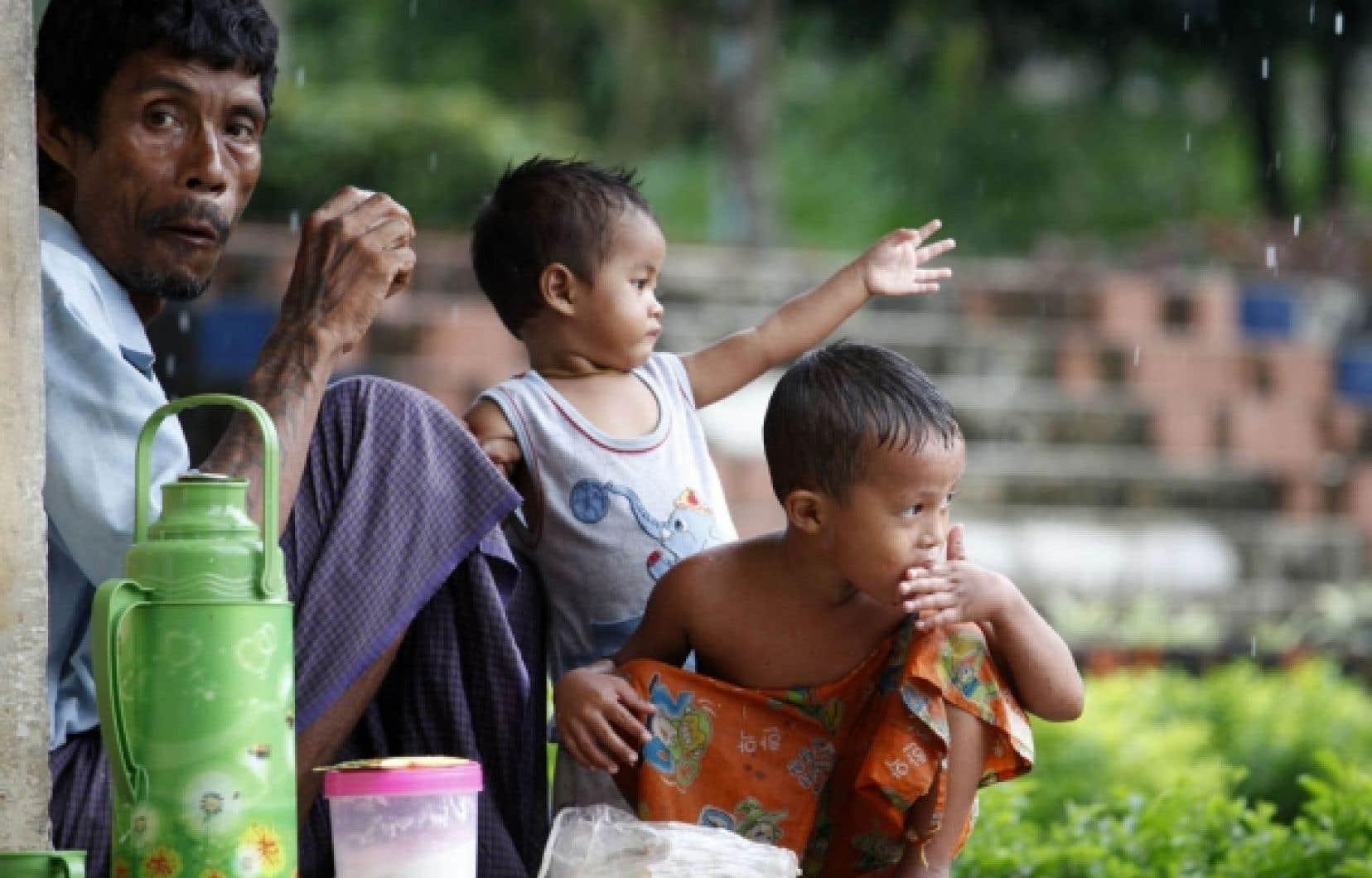 La situation des Birmans sous l'emprise de la junte n'est pas facile.<br />