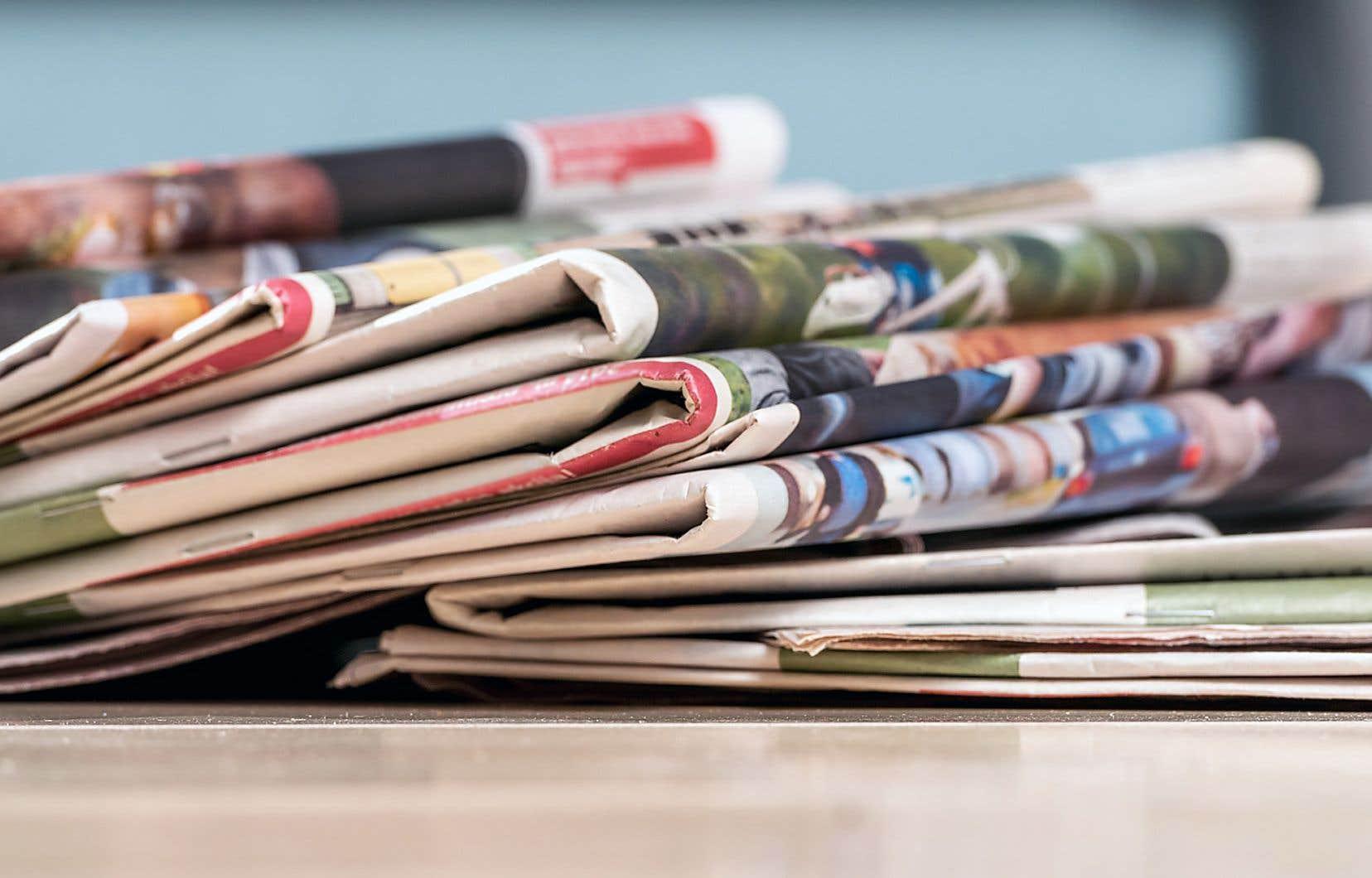 L'ensemble des ventes publicitaires des journaux a plongé de 18,2 % l'an dernier au pays.