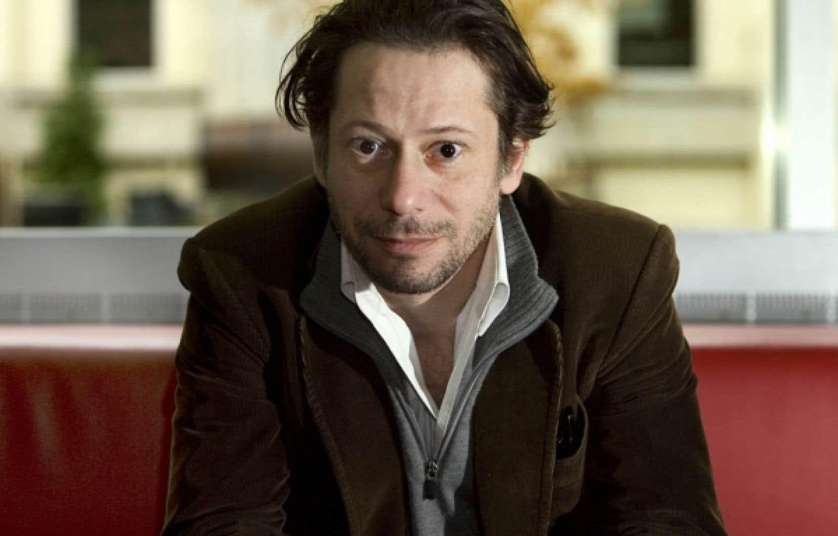 «Être primé à Cannes, oui, ça fait plaisir», admet Mathieu Amalric, le réalisateur de Tournée.<br />