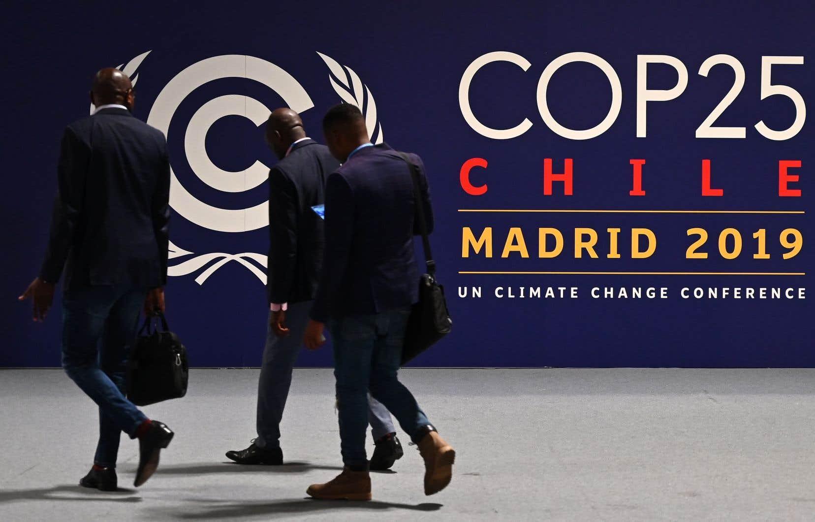 «La COP25 a lieu à un moment charnière de l'histoire, où, plus que jamais, la population se rend compte que la crise climatique, les violations des droits de la personne et les inégalités sont des symptômes d'un même problème», écrivent les auteurs.