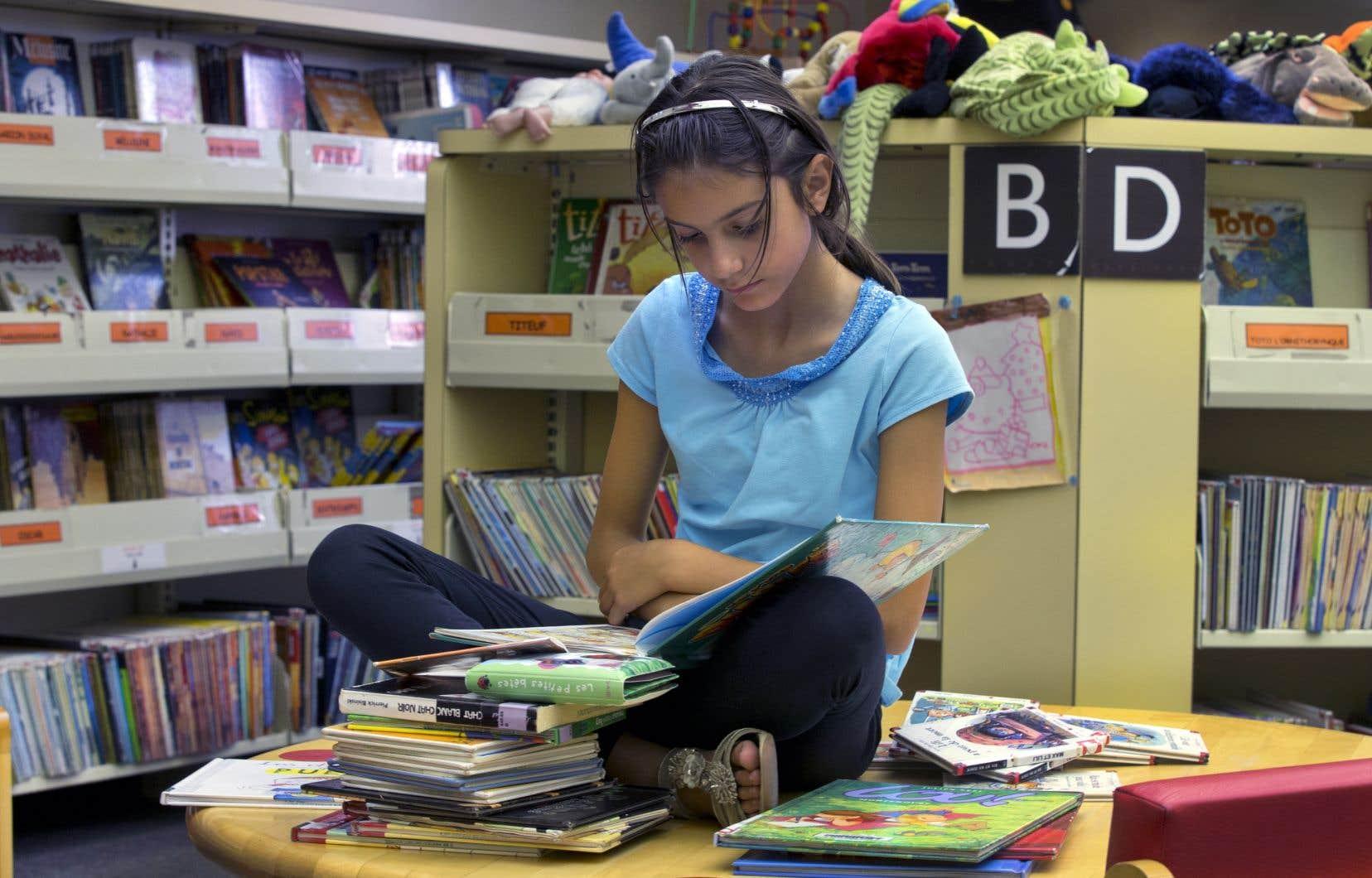 Au Canada, dans le domaine de la lecture, 90 % des filles ont atteint le niveau 2 ou un niveau supérieur, comparativement à 82 % des garçons.