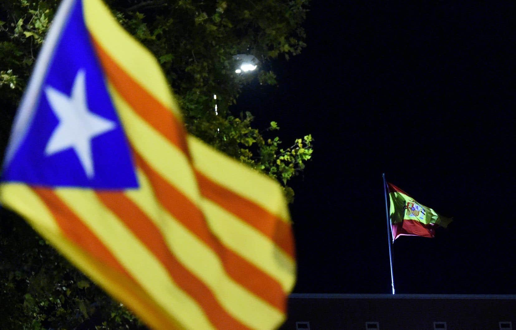 M. Enrique Ruiz Molera réagit à la motion adoptée à l'unanimité par les élus québécois le mardi 29octobre dernier dans laquelle l'Assemblée nationale déplorela montée des tensions et l'augmentation des violences en Catalogne.