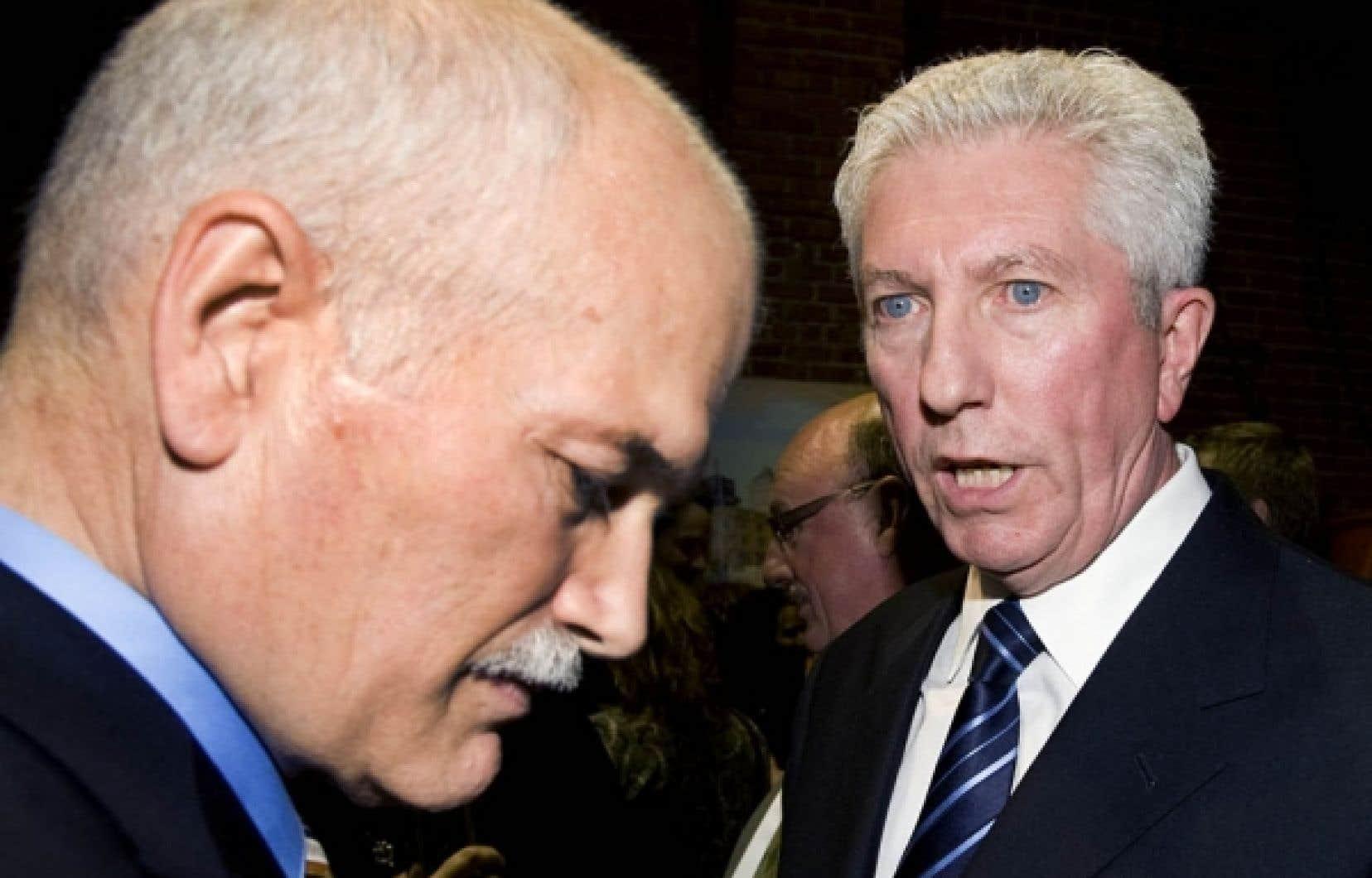 Tout comme Gilles Duceppe, Jack Layton était conférencier hier lors d'un événement de financement pour le Comité chômage de Montréal.<br />