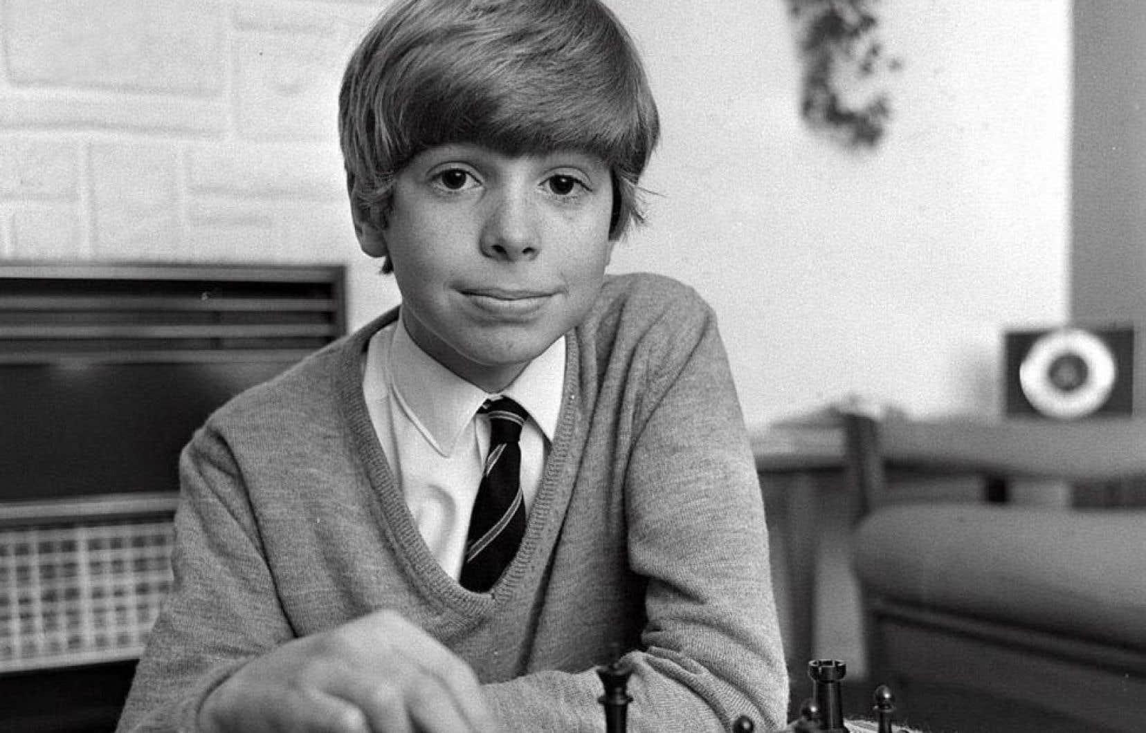 Neil Hughes fut notamment sélectionné, dans les années 1960, pour former un groupe hétérogène de gamins dans le but d'élaborer un aperçu du futur de l'Angleterre de l'an 2000.