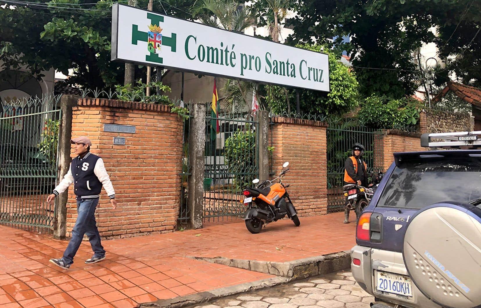 Le Comité pro Santa Cruz, que préside Luis Fernando Camacho