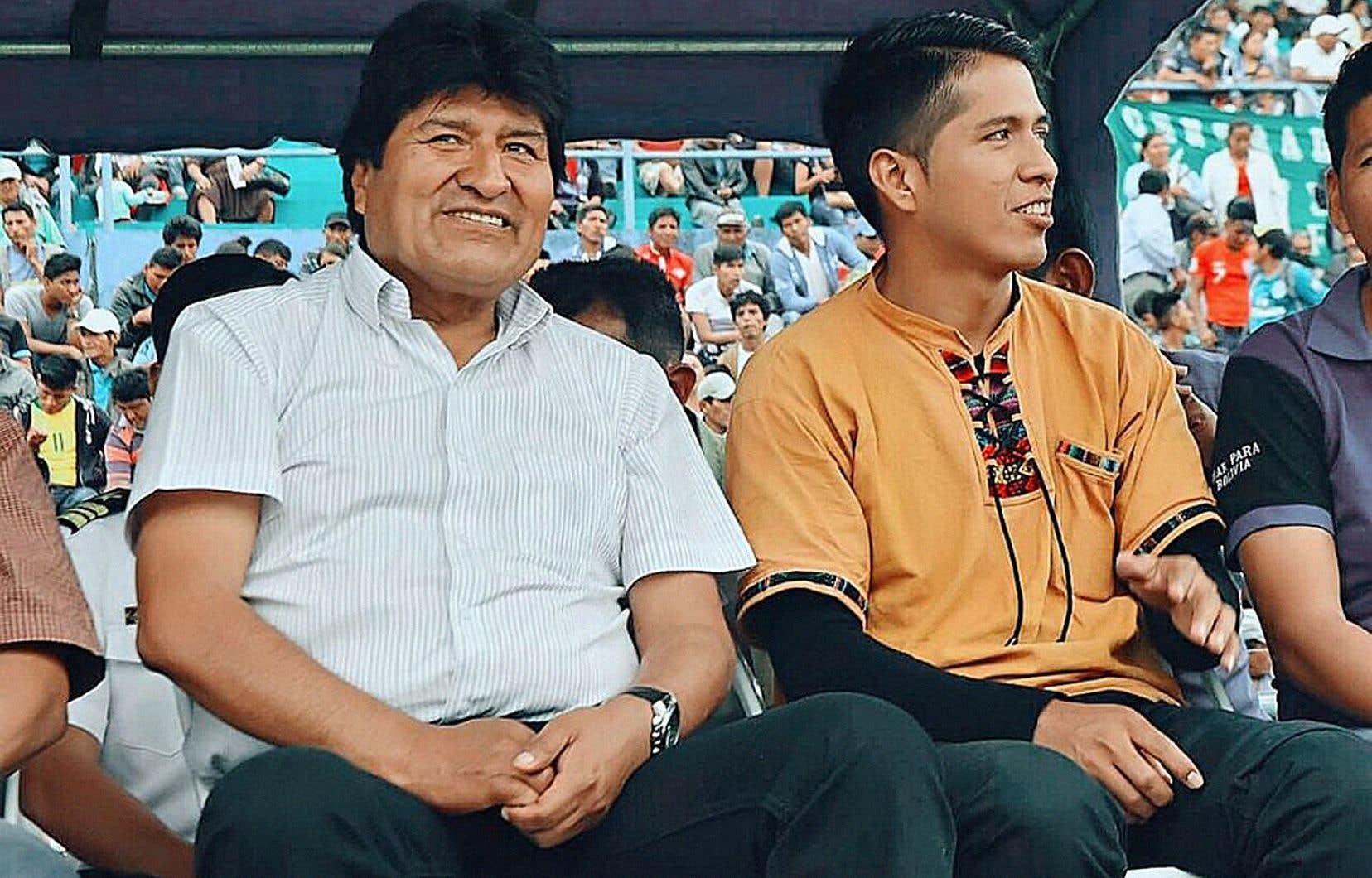 Andrónico Rodríguez, aux côtés d'Evo Morales (à gauche)
