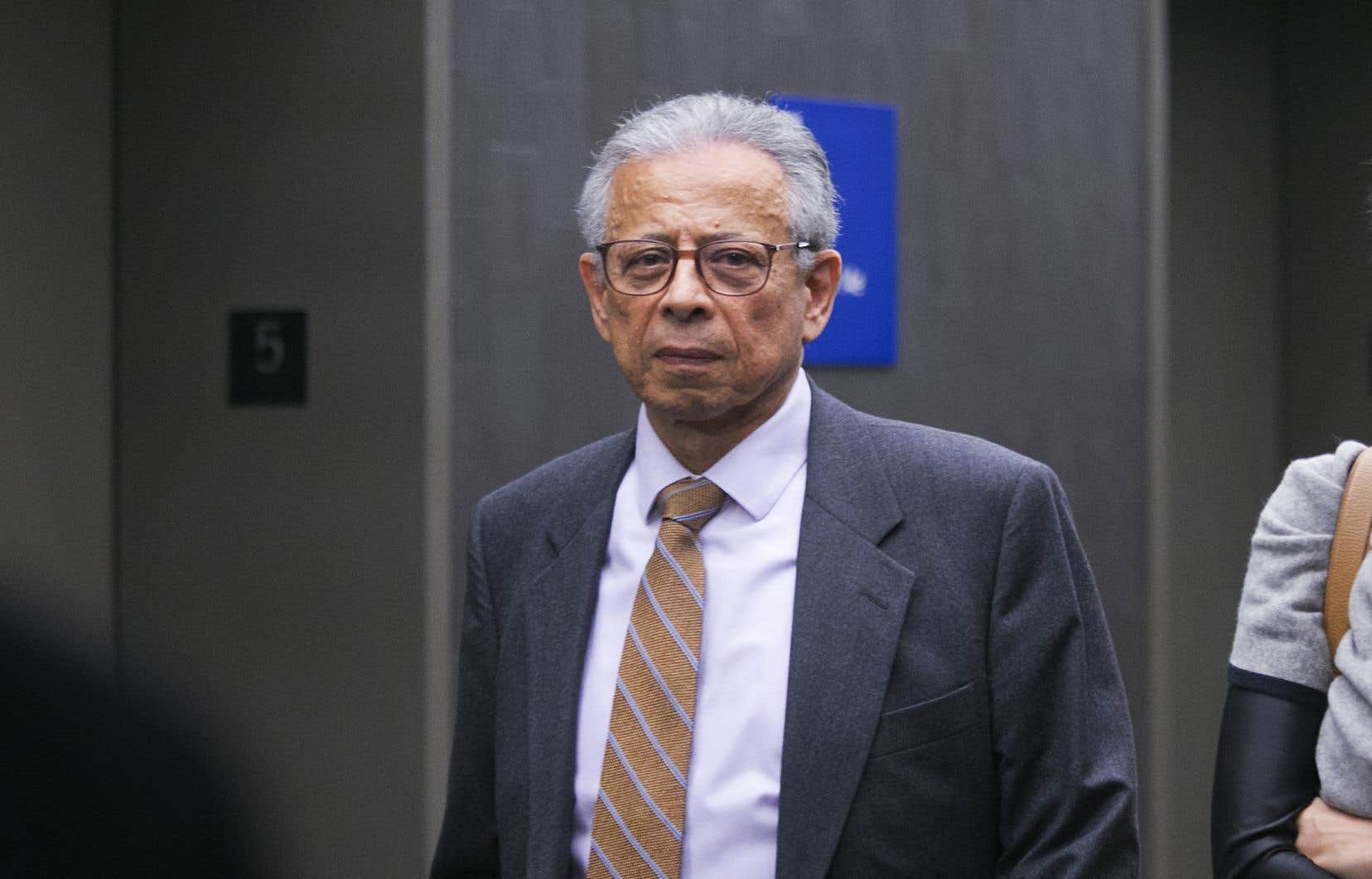 M.Bebawi, âgé de 73ans, est accusé de huit chefs de fraude, de recyclage de produits de la criminalité, de possession de biens volés et de corruption d'un agent public étranger.