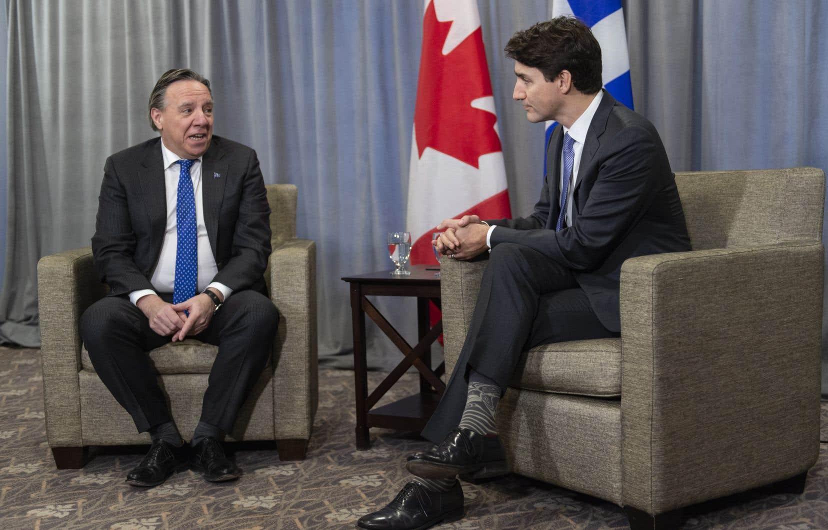 La rencontre de vendredi sera la premièere entre les deux hommes, depuis l'élection du gouvernement libéral minoritaire de M.Trudeau en octobre dernier.
