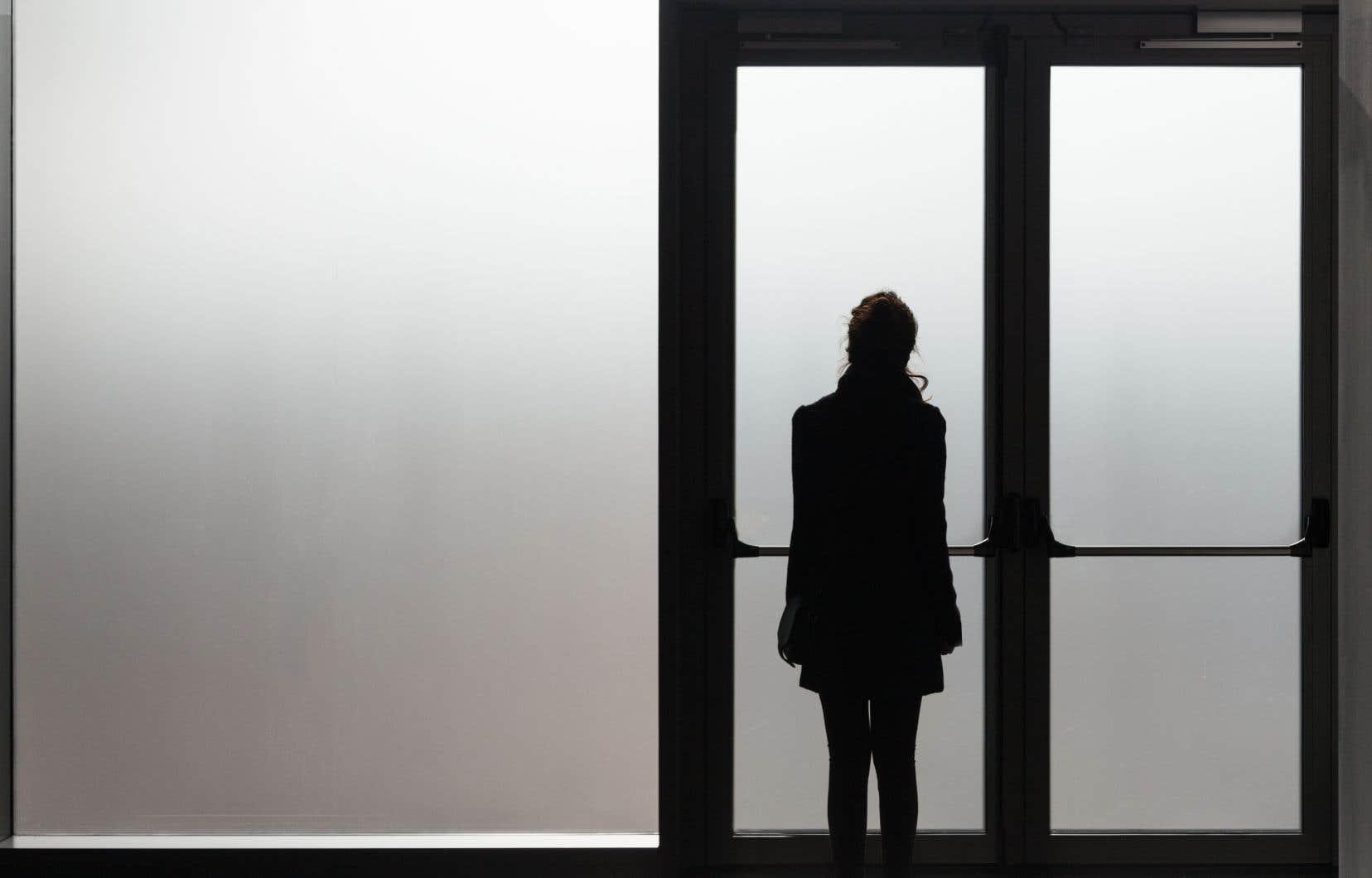 Près de quart des professionnels du domaine de la santé mentale et des services sociaux songent à quitter leur profession, selon un sondage.