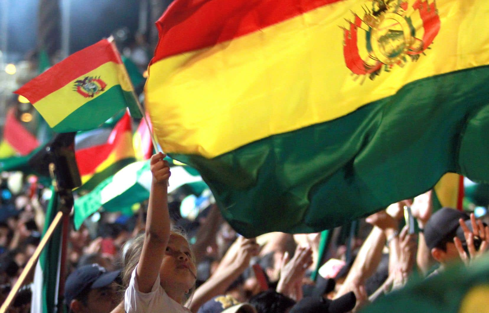 Un mois après la démission d'Evo Morales, les conditions sont encore loin d'être réunies pour l'exercice d'une nouvelle élection.