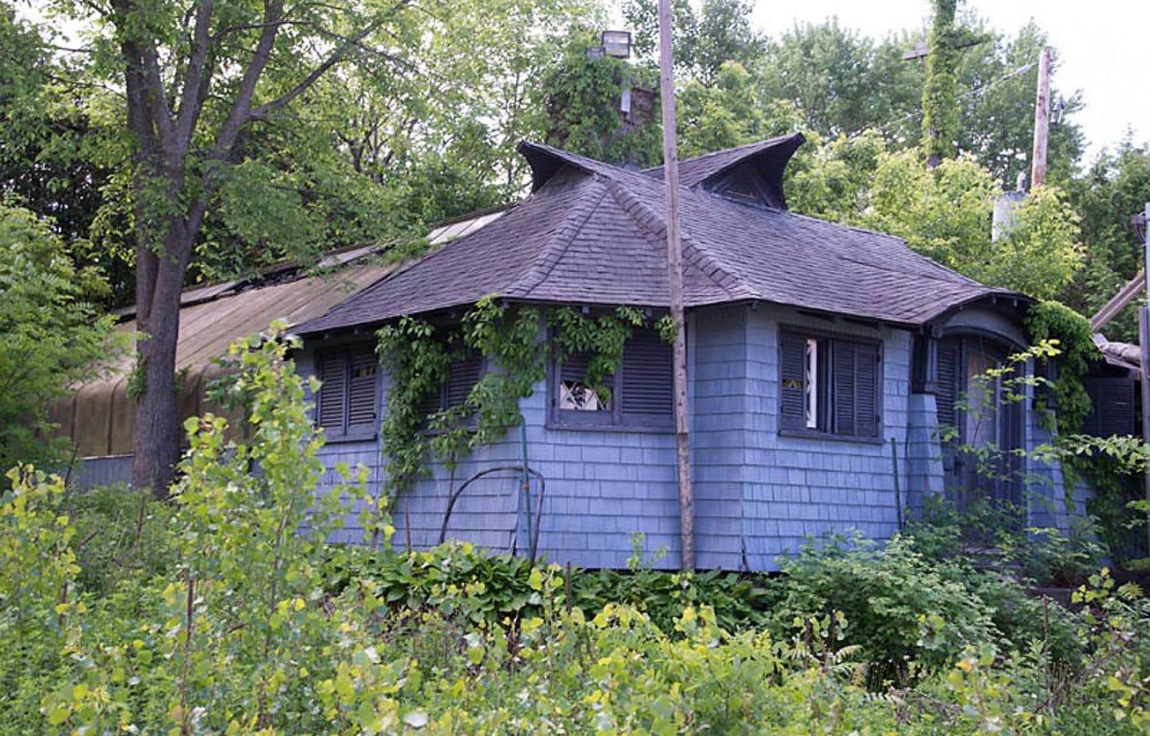 La serre (Conservatory), sise sur l'ancienne propriété de la famille Angus au bord du lac des Deux Montagnes